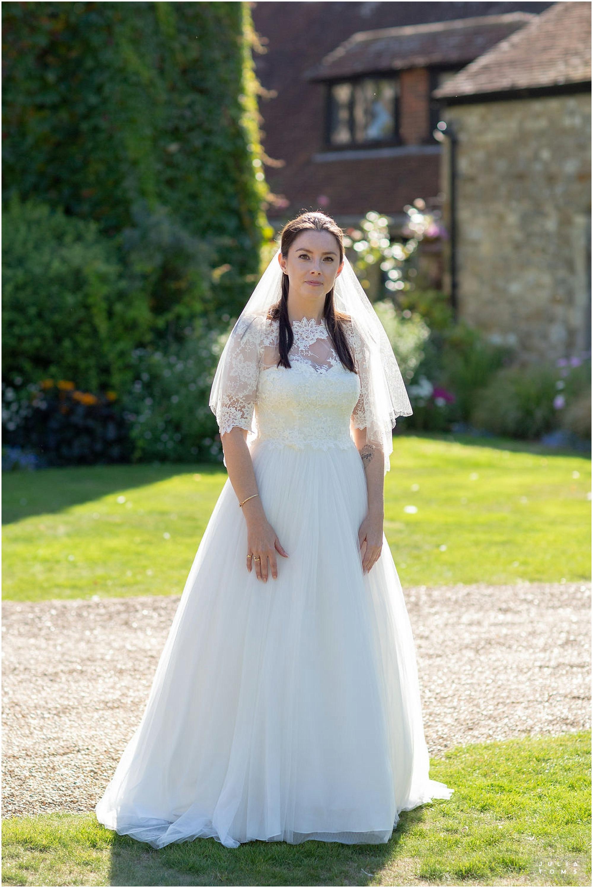 amberley_castle_wedding_photographer_008.jpg