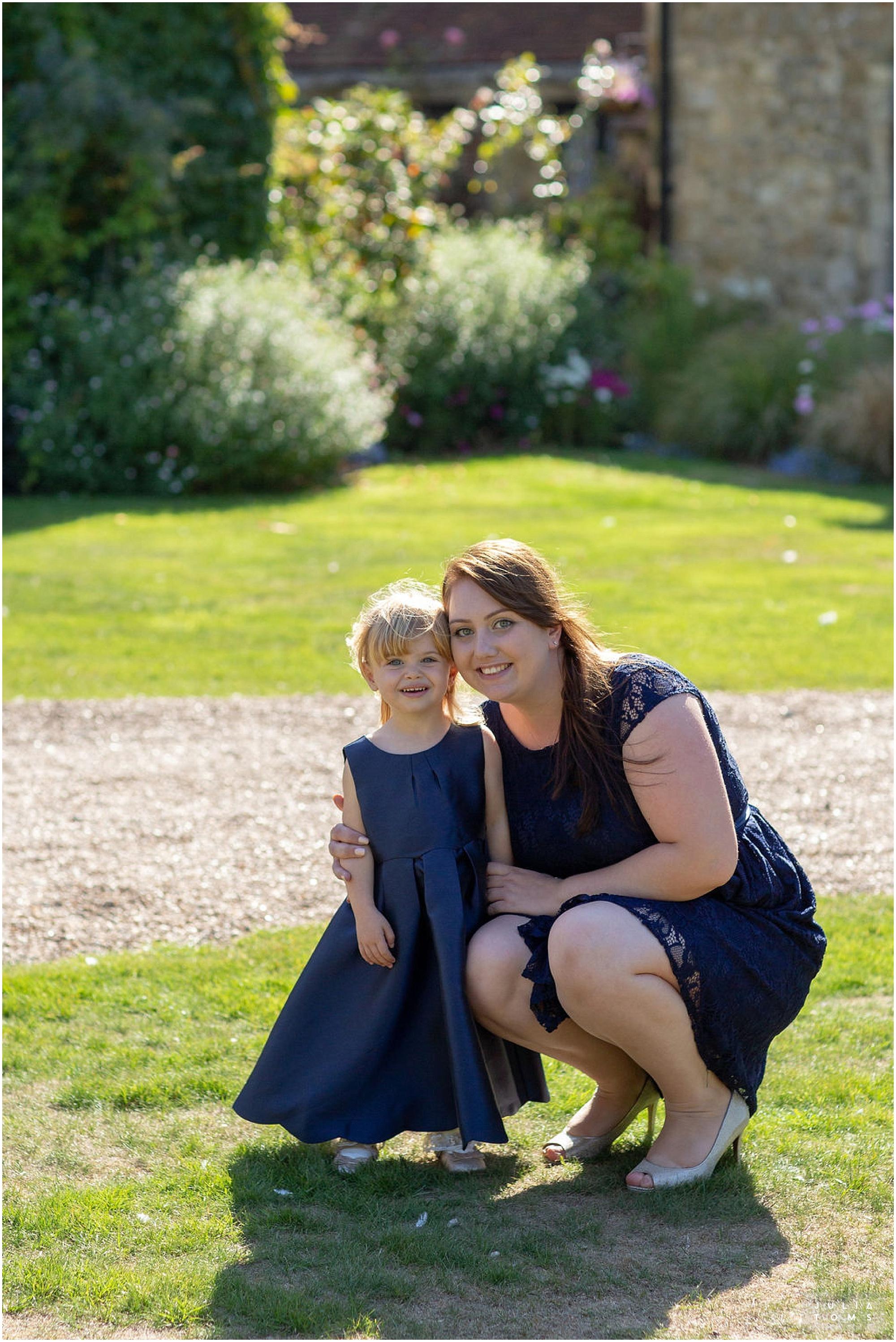 amberley_castle_wedding_photographer_007.jpg