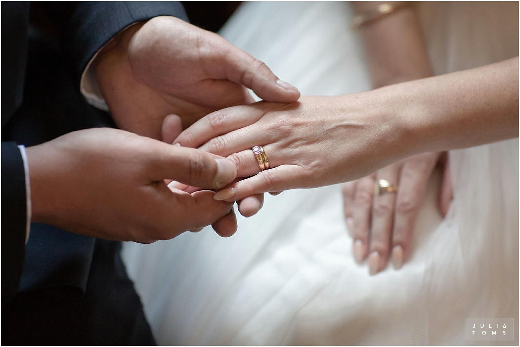 amberley_castle_wedding_photographer_020.jpg