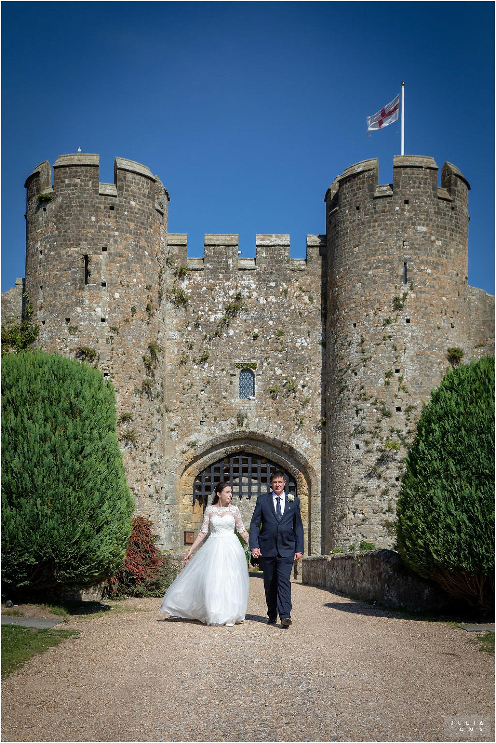 amberley_castle_wedding_photographer_029.jpg