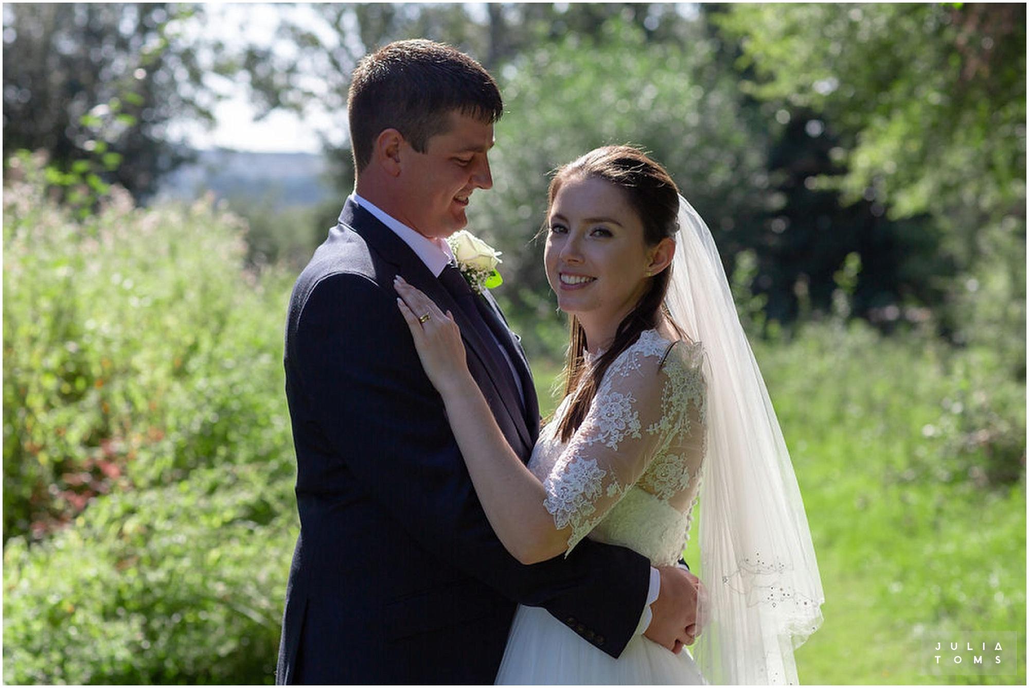 amberley_castle_wedding_photographer_032.jpg