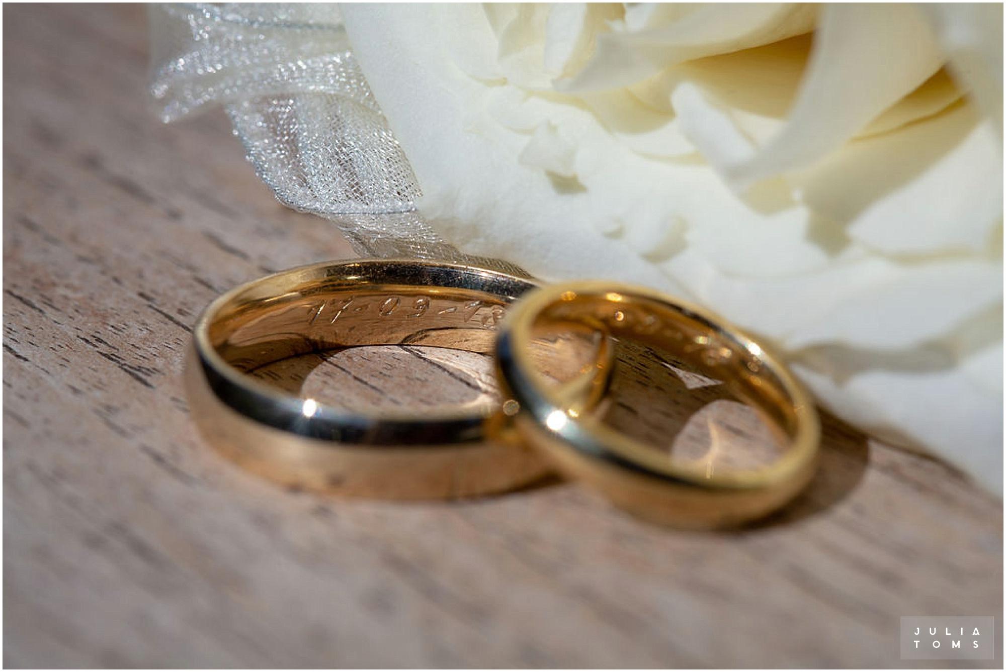 amberley_castle_wedding_photographer_044.jpg