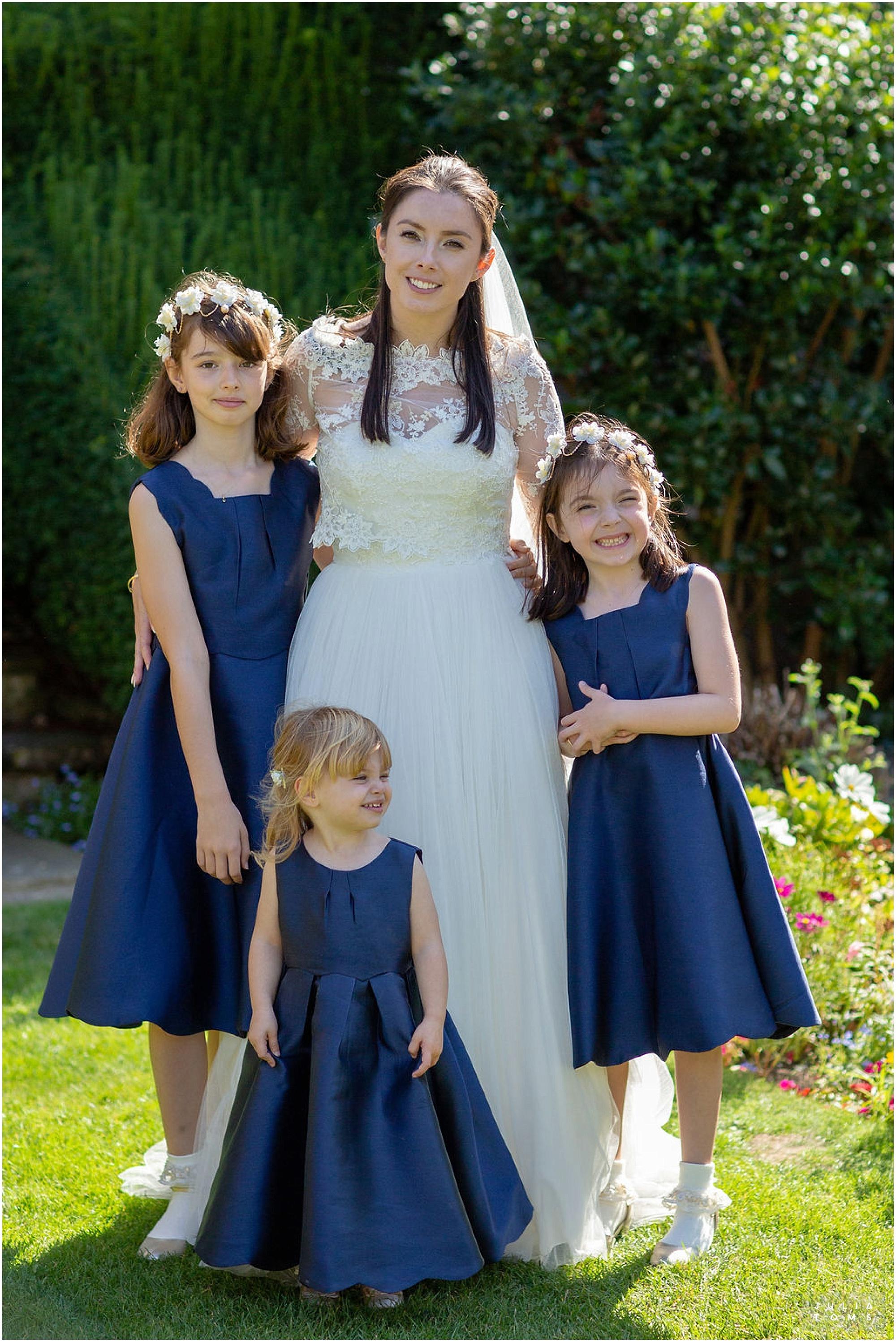 amberley_castle_wedding_photographer_052.jpg