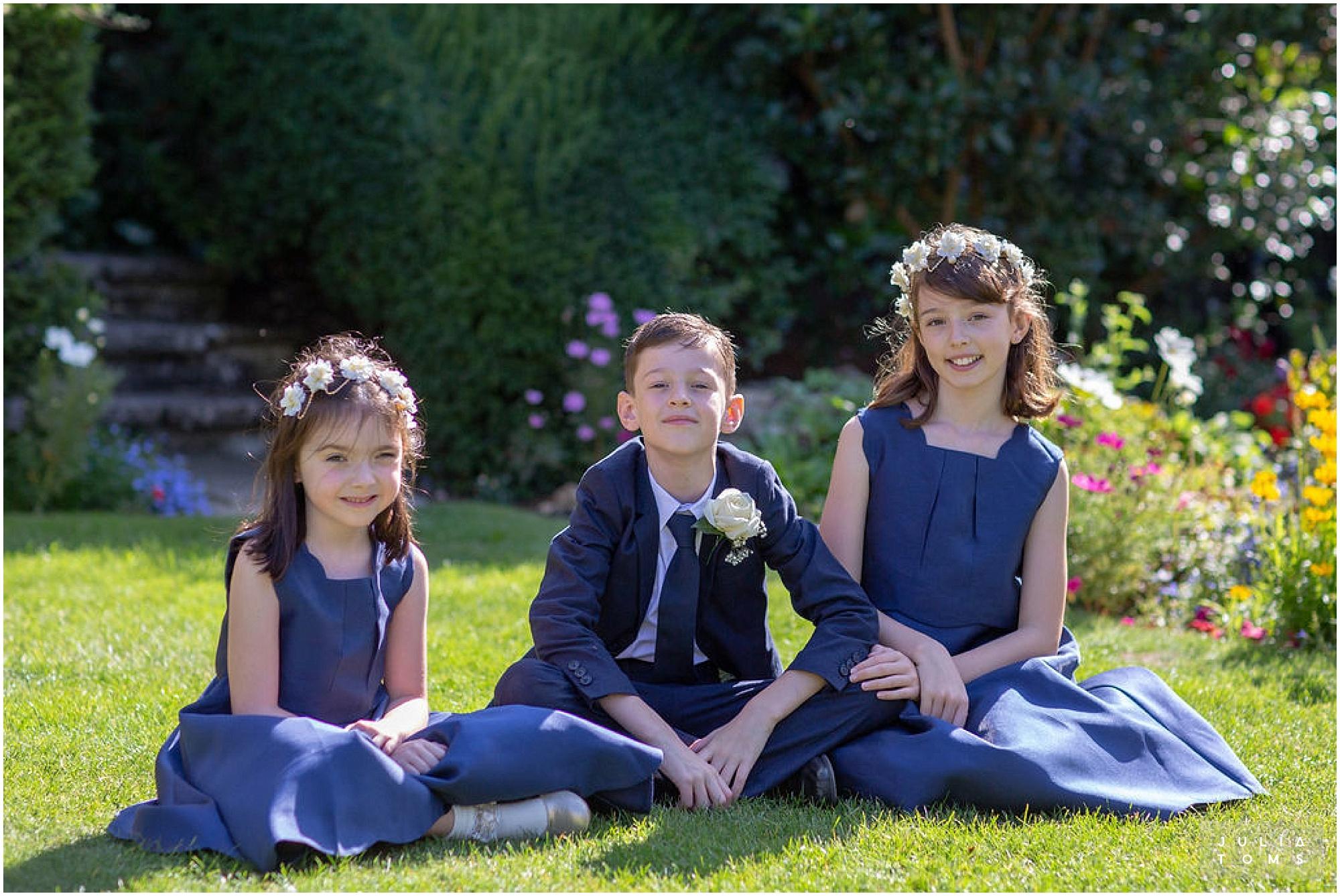 amberley_castle_wedding_photographer_054.jpg