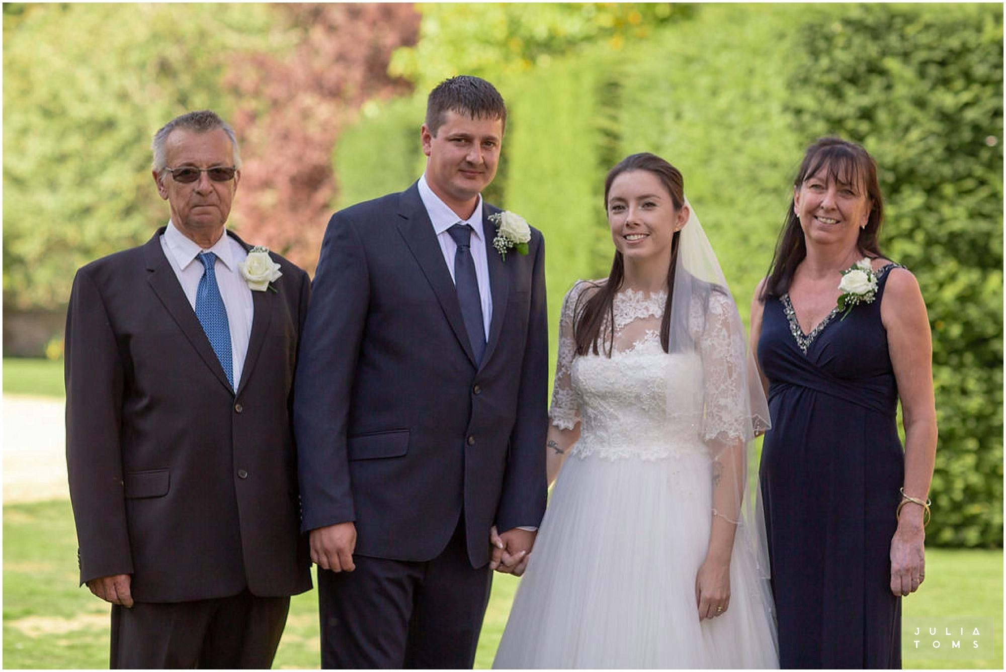 amberley_castle_wedding_photographer_058.jpg