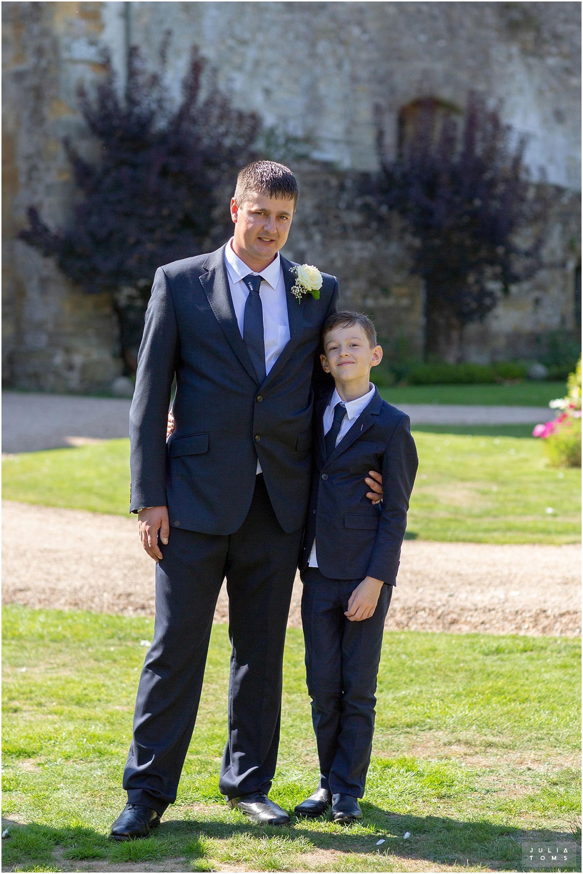 amberley_castle_wedding_photographer_068.jpg