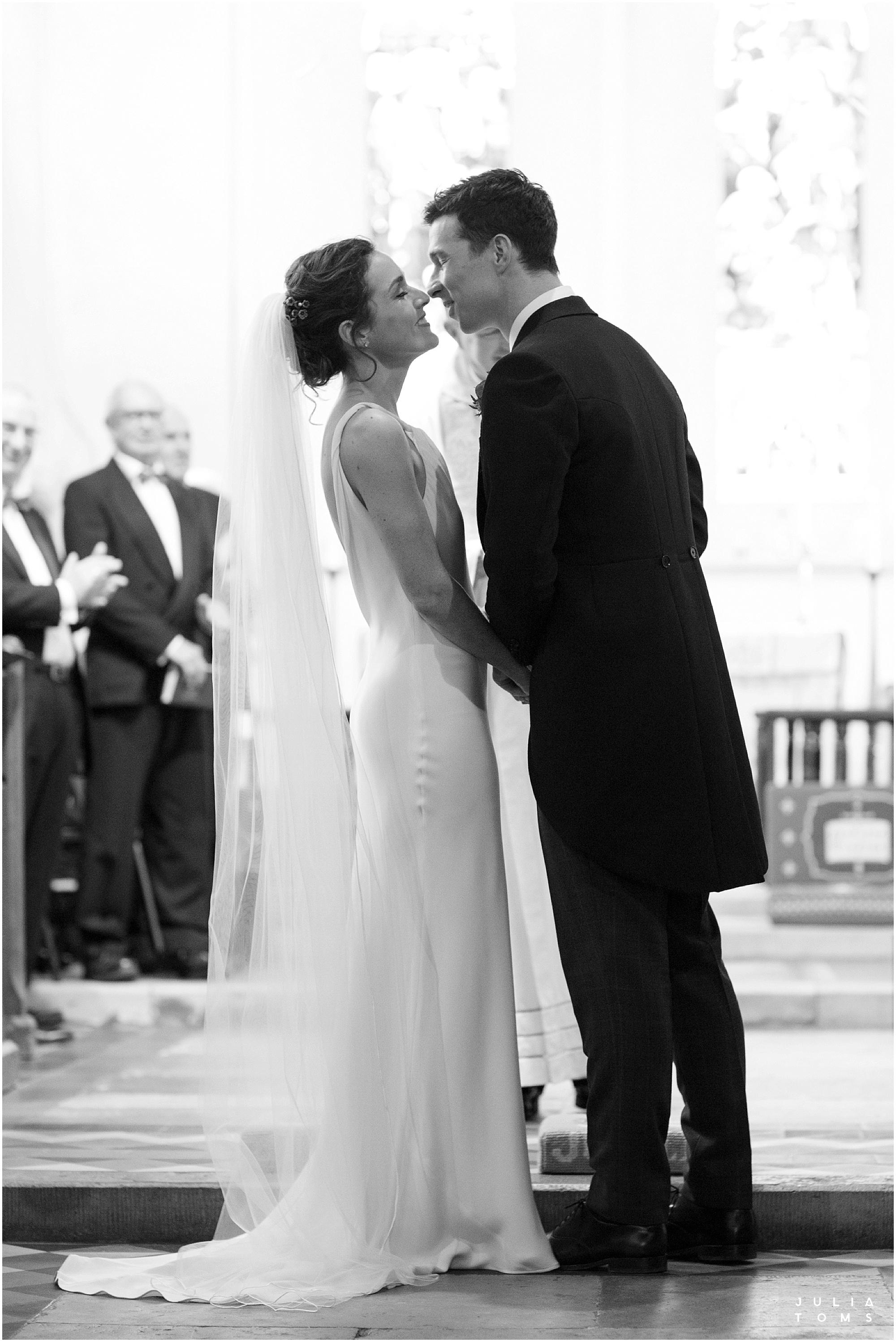 Southend_barn_wedding_photographer_juliatoms_006.jpg