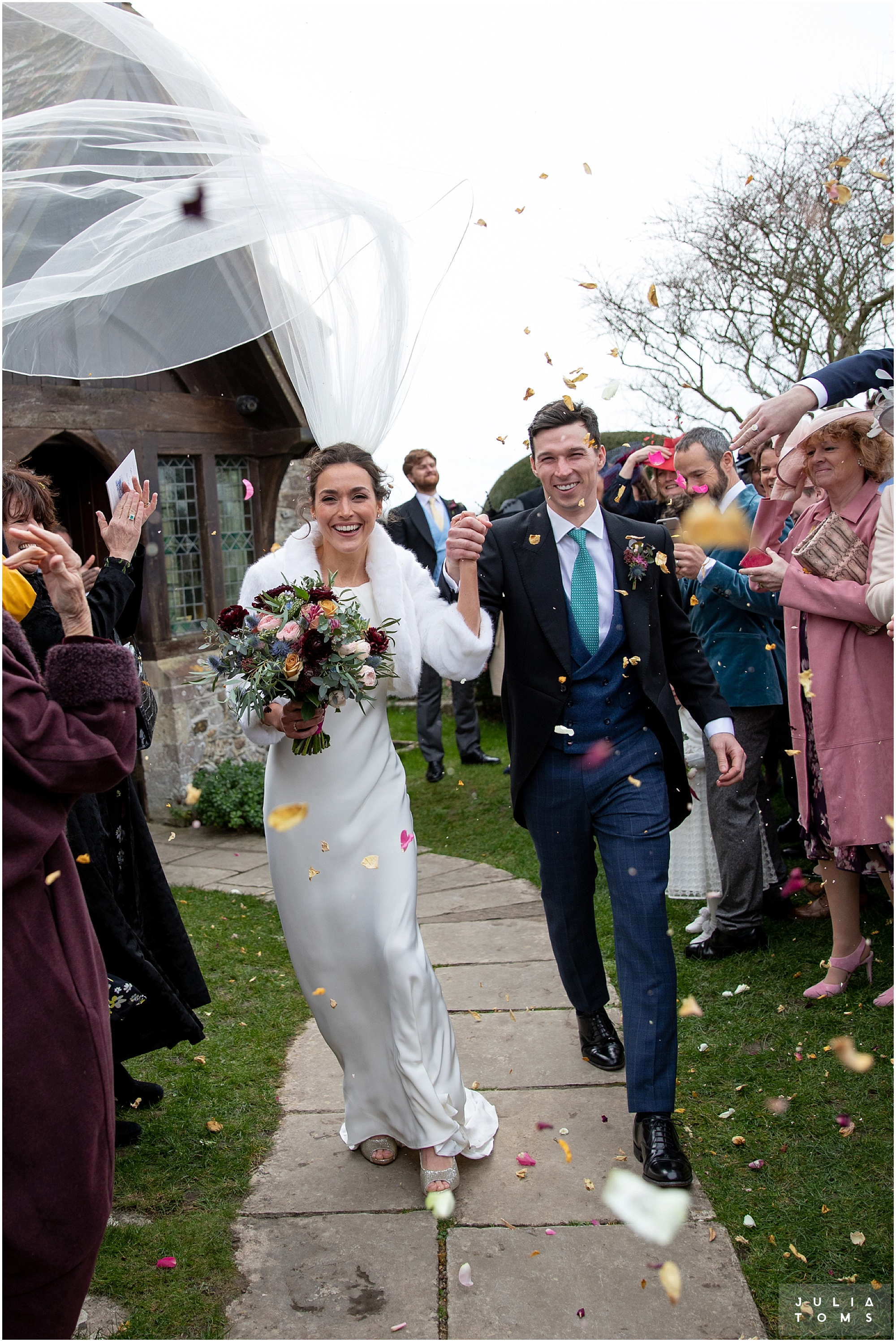 Southend_barn_wedding_photographer_juliatoms_008.jpg