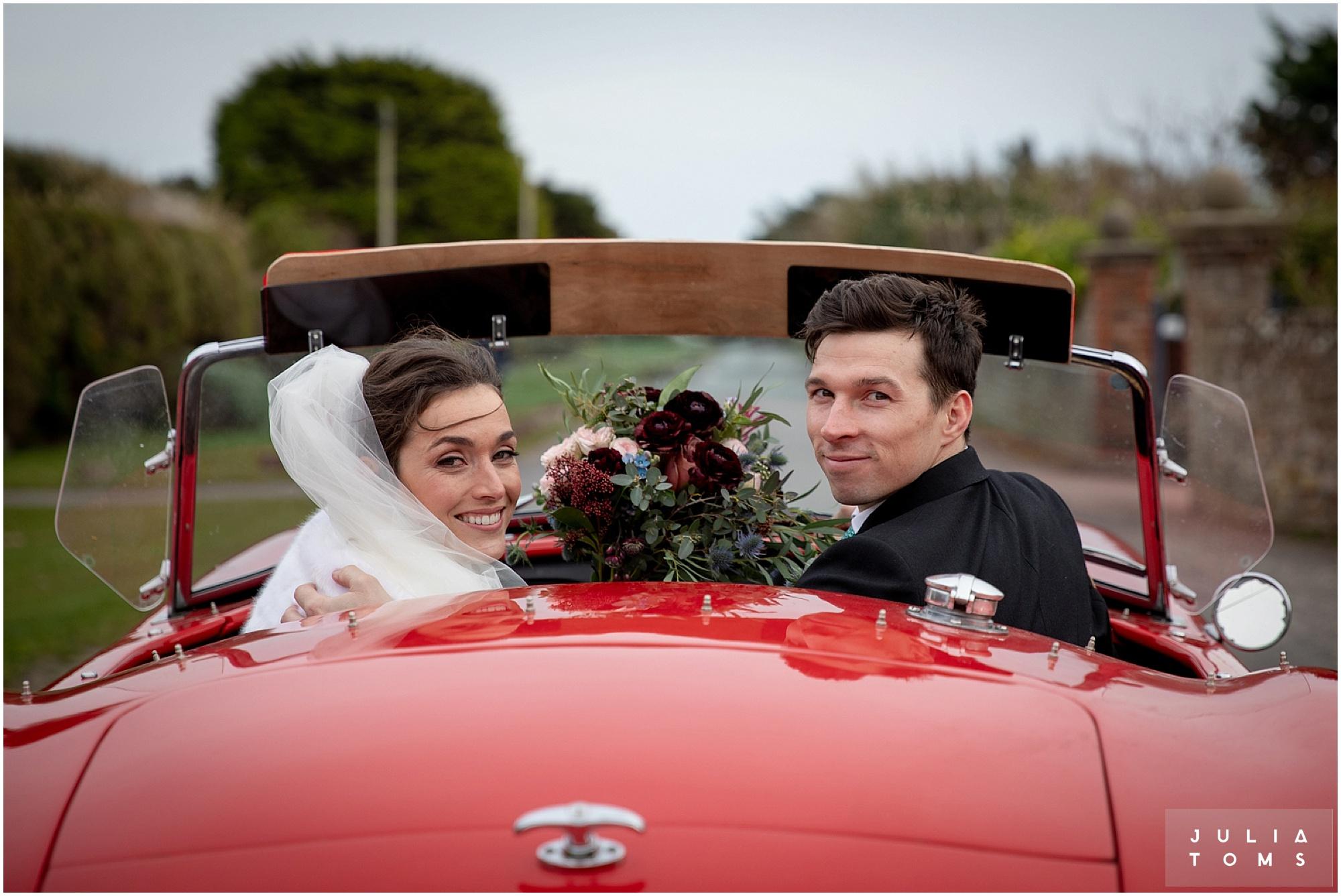 Southend_barn_wedding_photographer_juliatoms_012.jpg