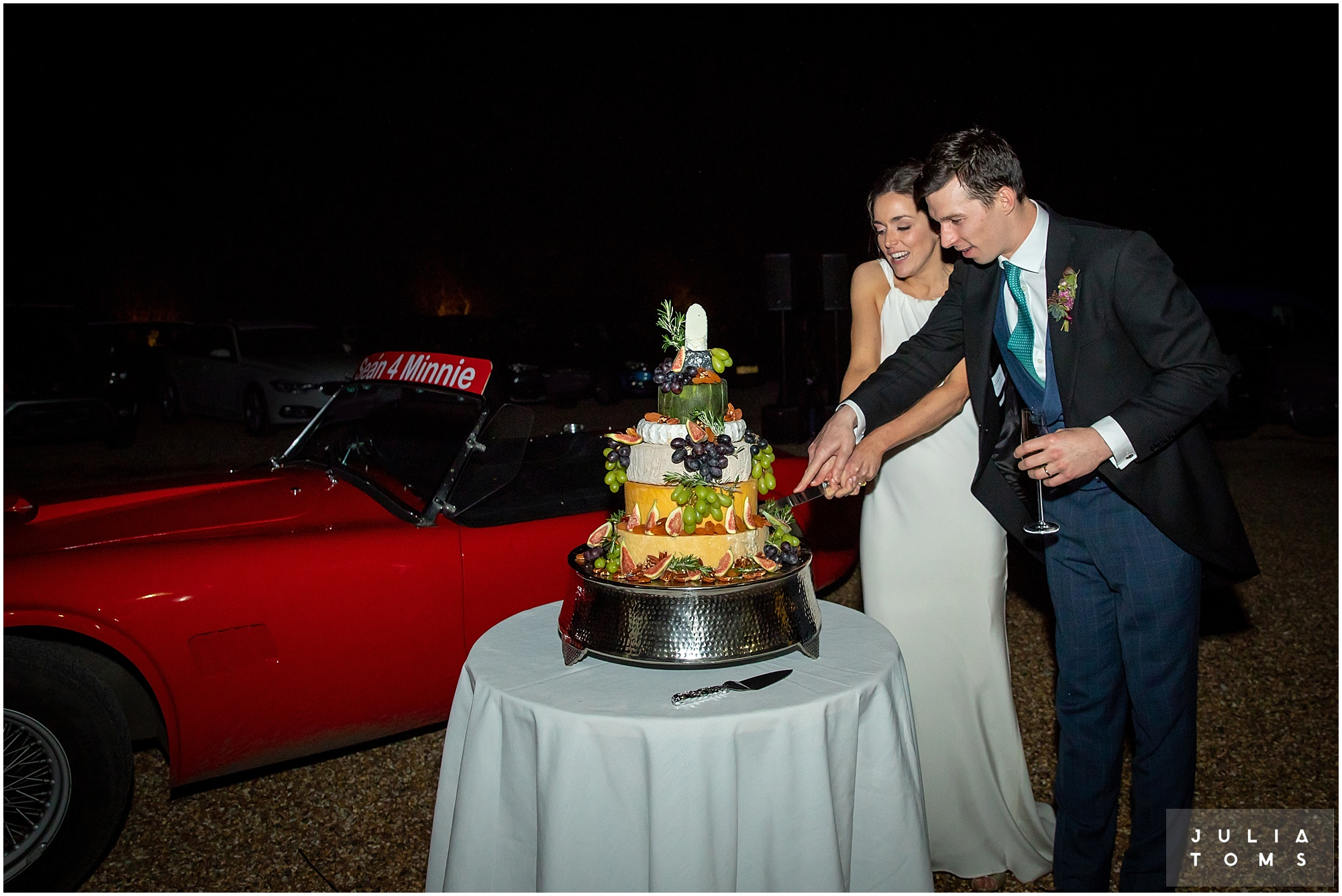 Southend_barn_wedding_photographer_juliatoms_020.jpg