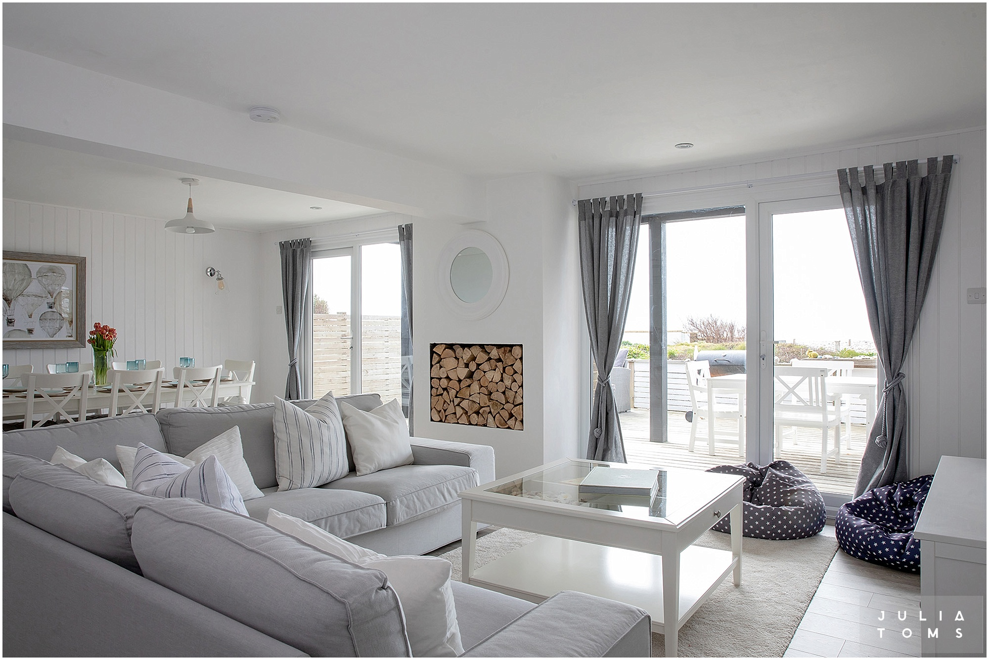 julia_toms_interiors_holiday_rental_002.jpg