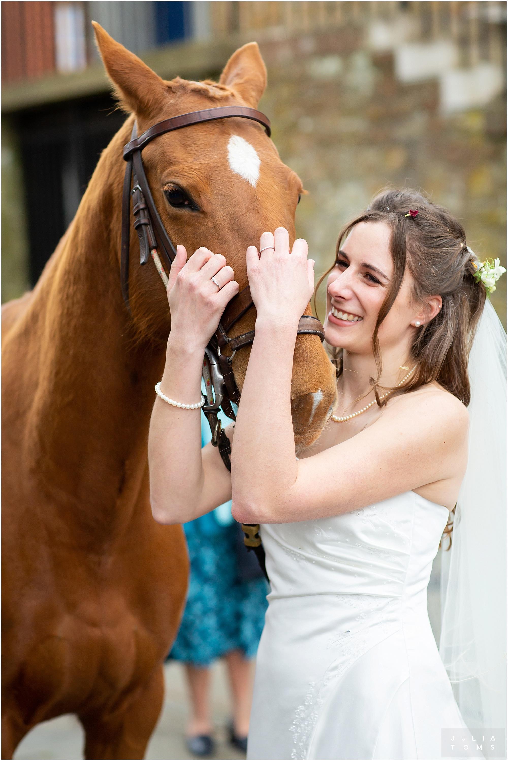 juliatoms_christian_wedding_photogtapher_midhurst_008.jpg