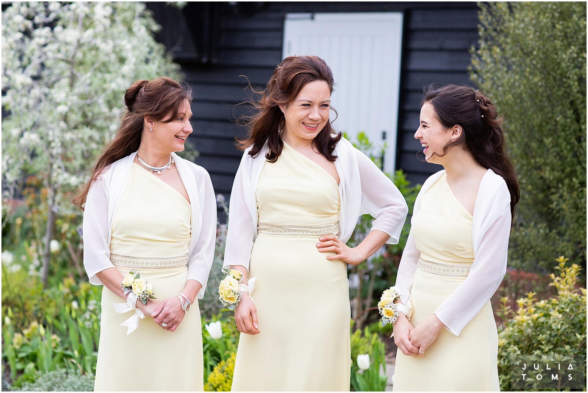 farbridge_barn_wedding_photographer_chichester_012.jpg