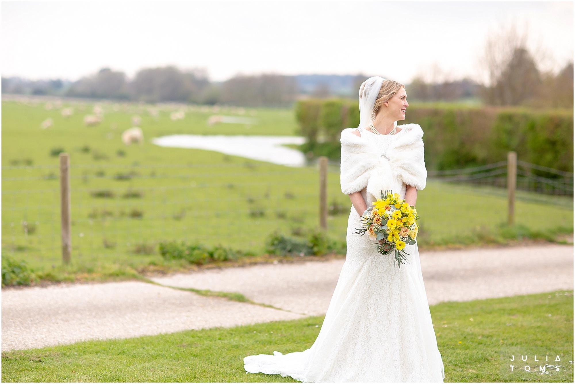 farbridge_barn_wedding_photographer_chichester_031.jpg