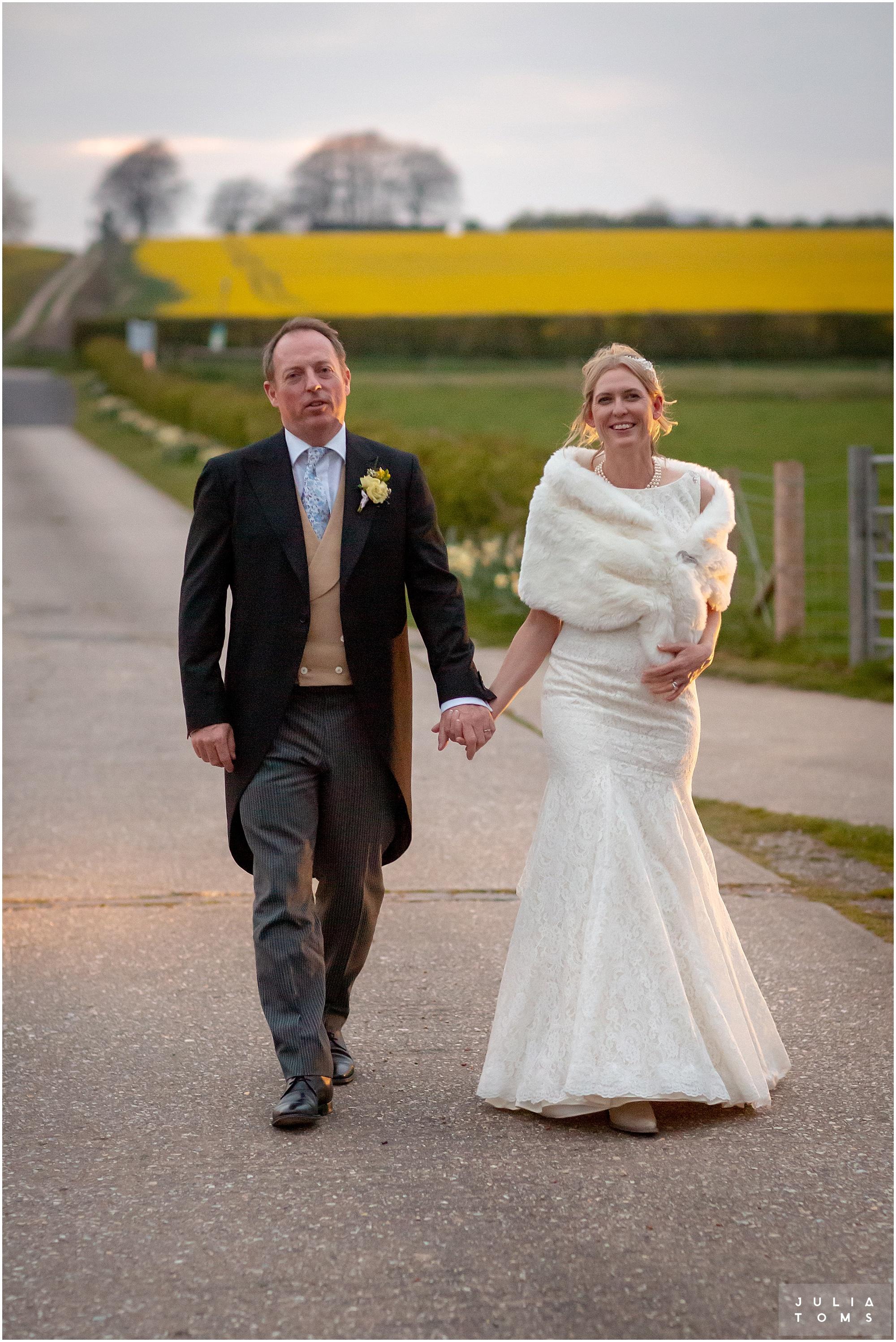 farbridge_barn_wedding_photographer_chichester_032.jpg