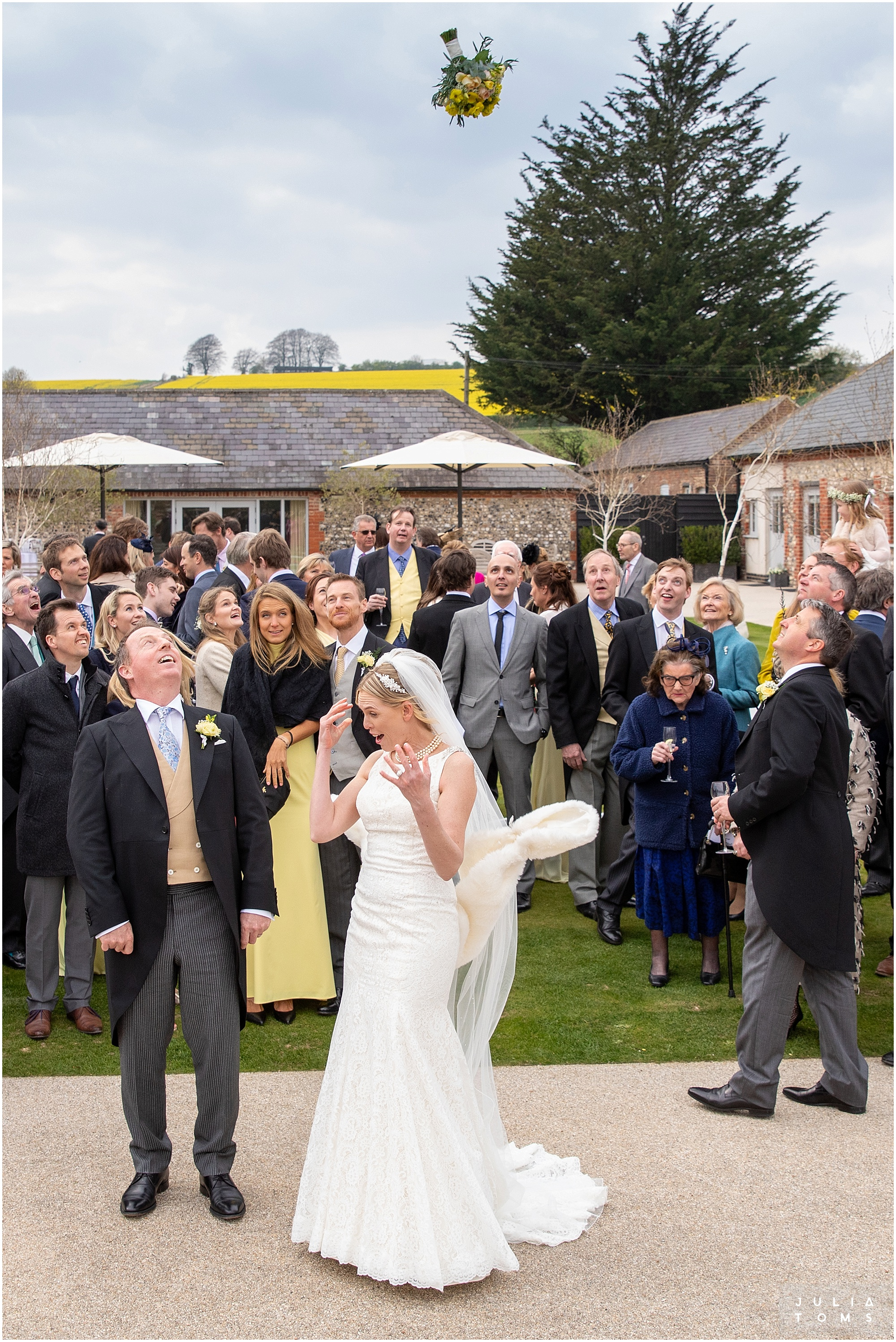 farbridge_barn_wedding_photographer_chichester_044.jpg