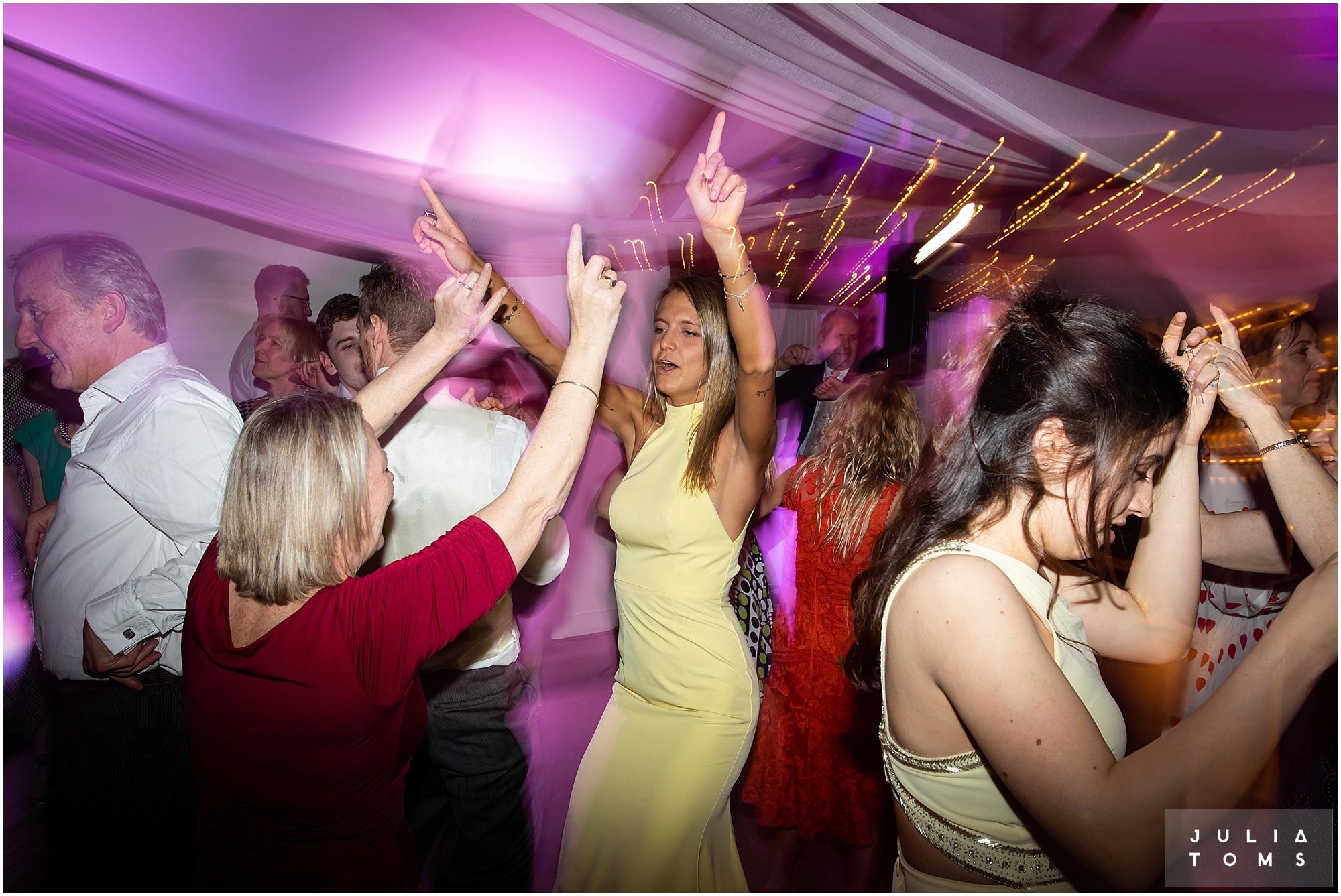 farbridge_barn_wedding_photographer_chichester_063.jpg