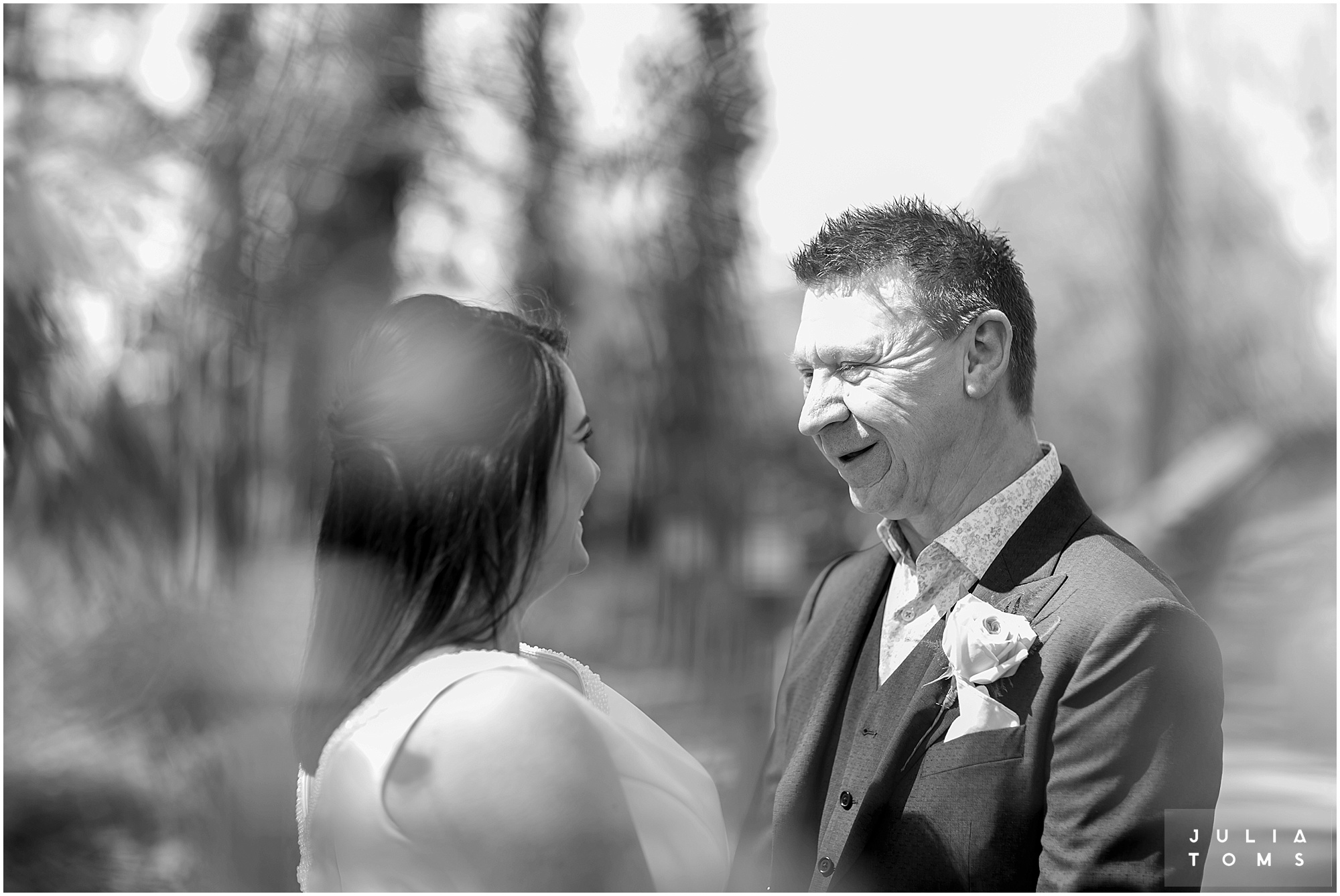 hampshire_wedding_photographer_juliatoms_006.jpg