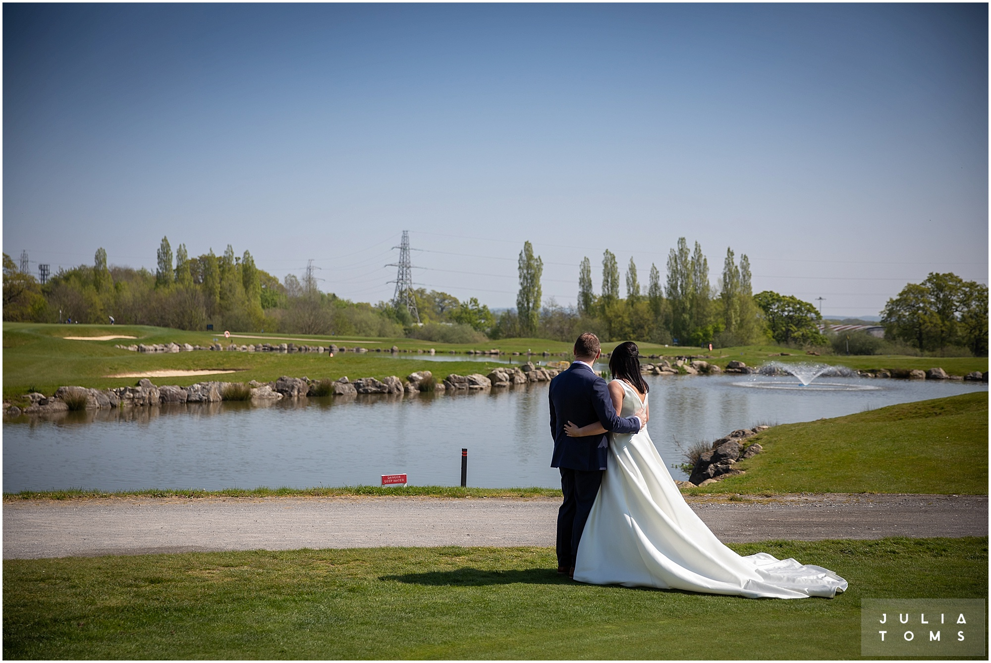 hampshire_wedding_photographer_juliatoms_008.jpg