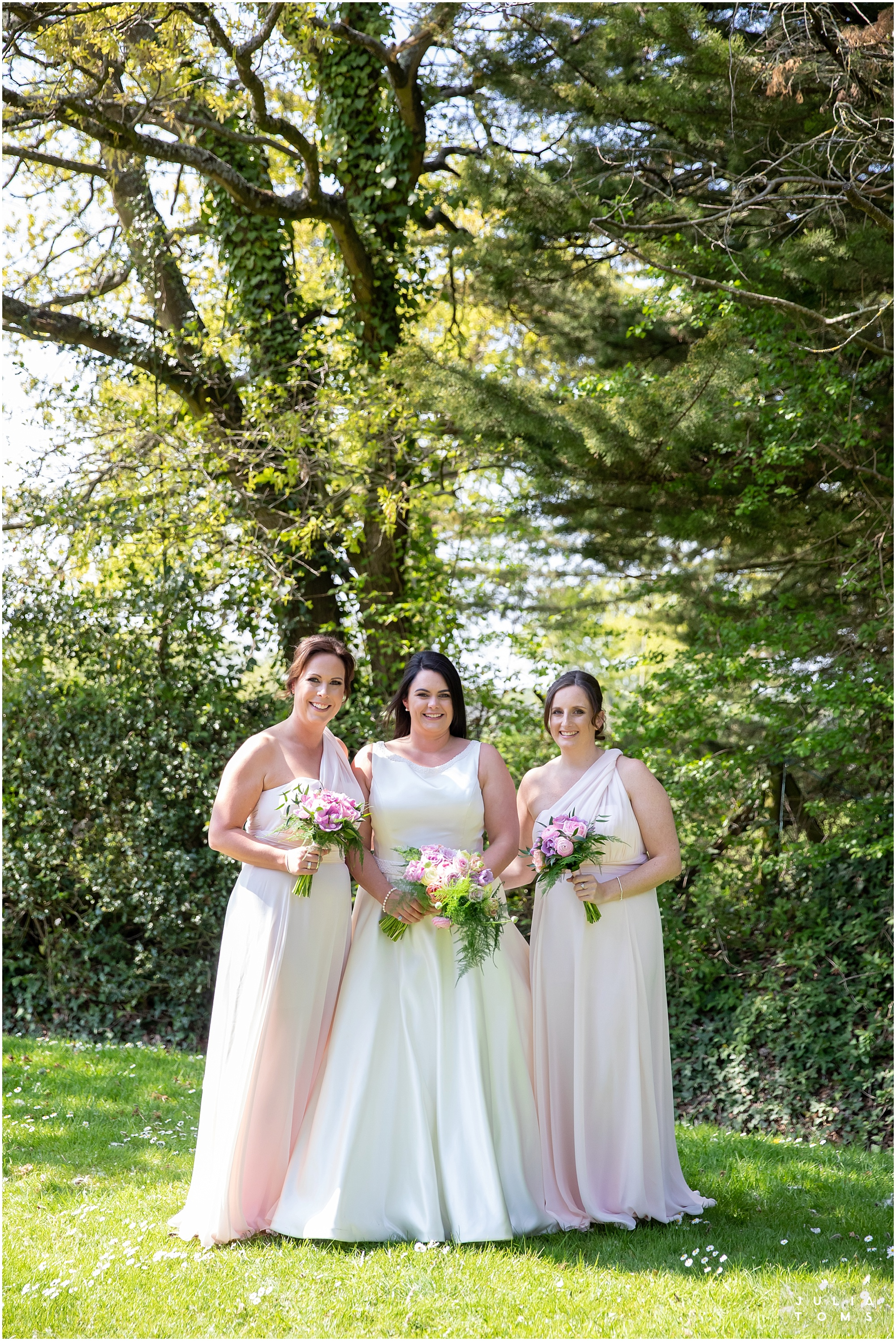 hampshire_wedding_photographer_juliatoms_020.jpg