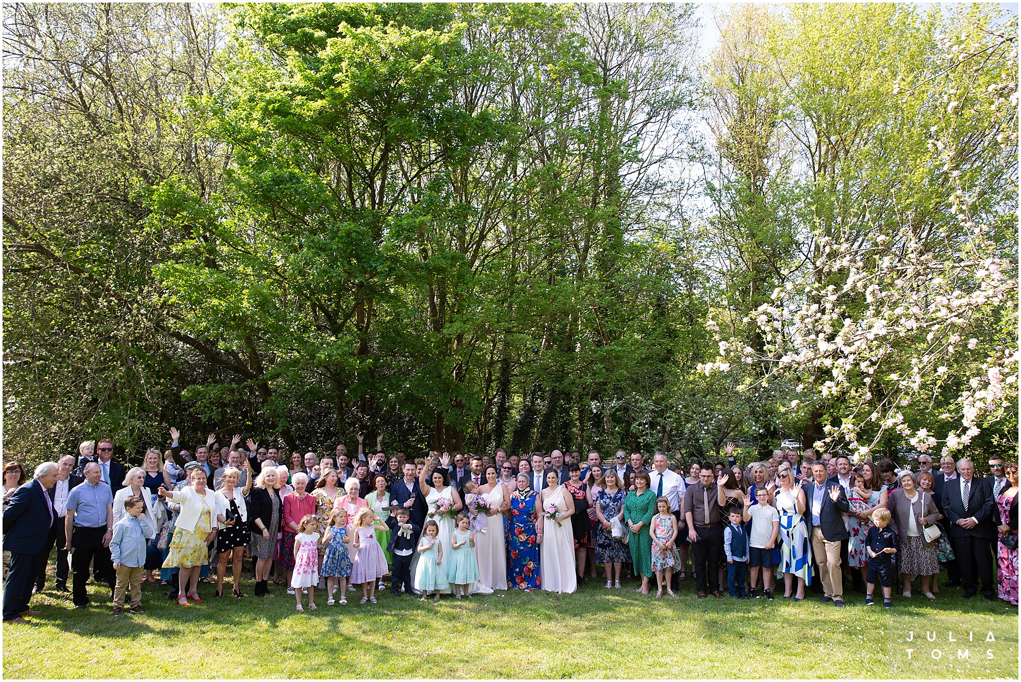 hampshire_wedding_photographer_juliatoms_035.jpg