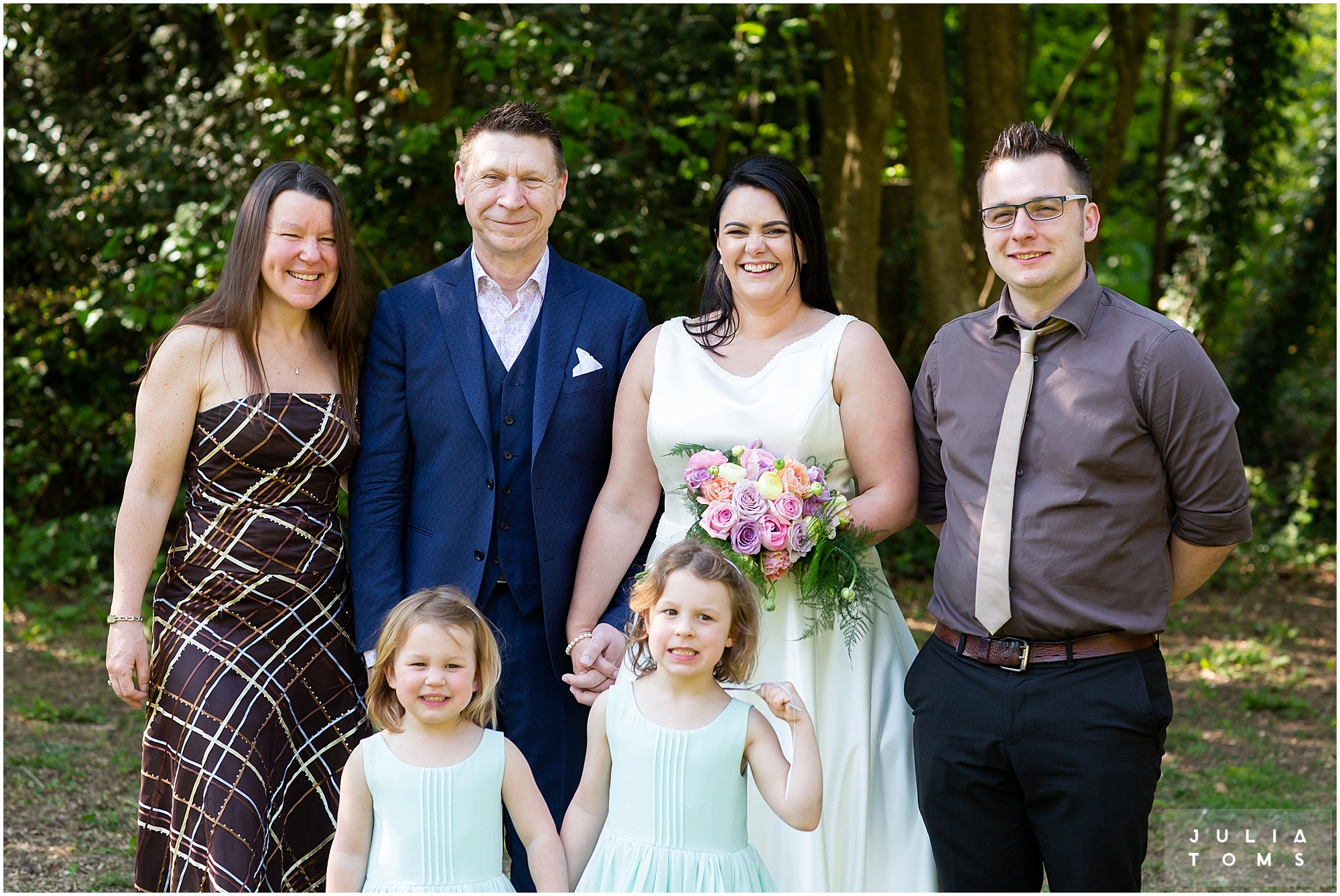 hampshire_wedding_photographer_juliatoms_042.jpg