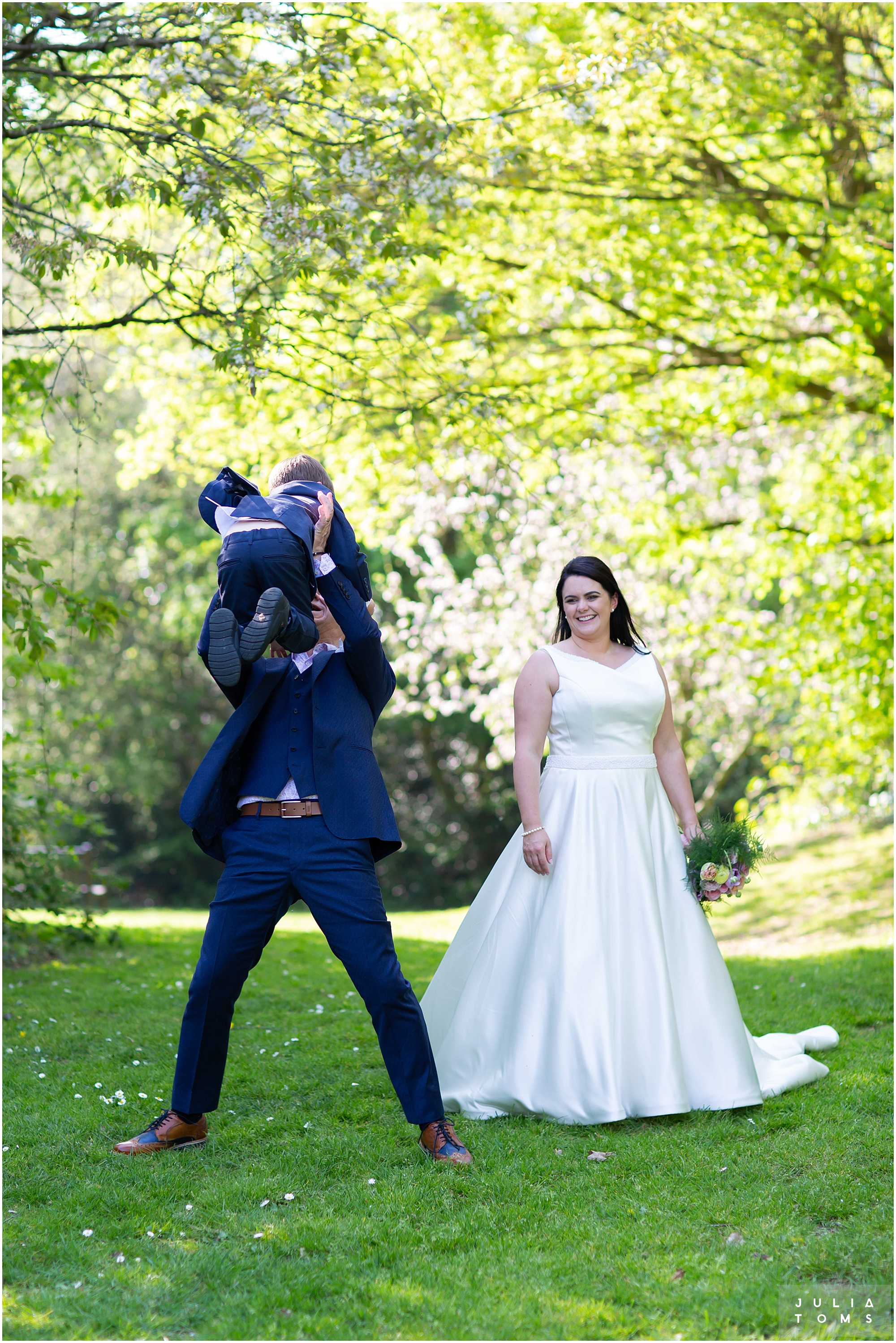 hampshire_wedding_photographer_juliatoms_048.jpg