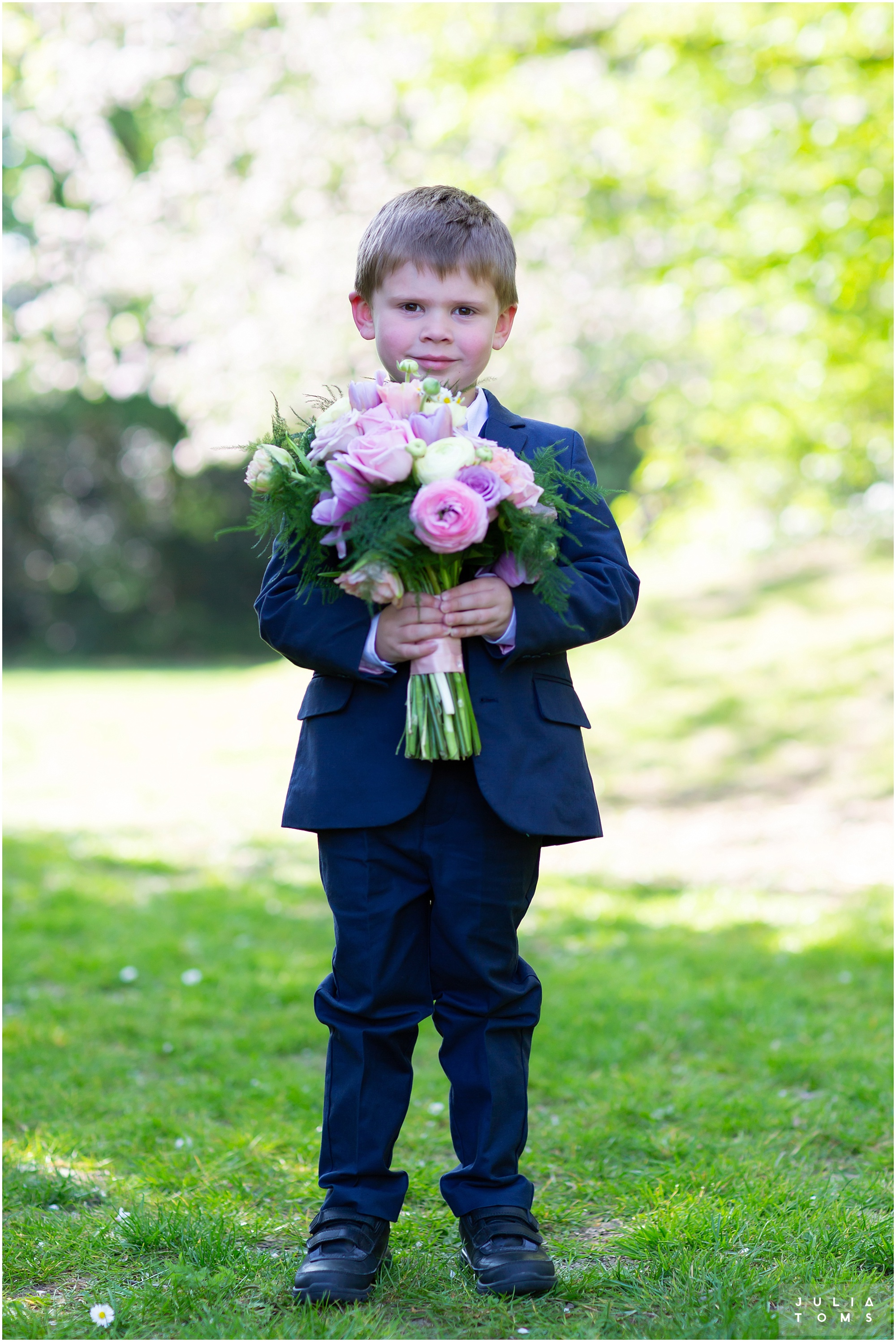 hampshire_wedding_photographer_juliatoms_050.jpg