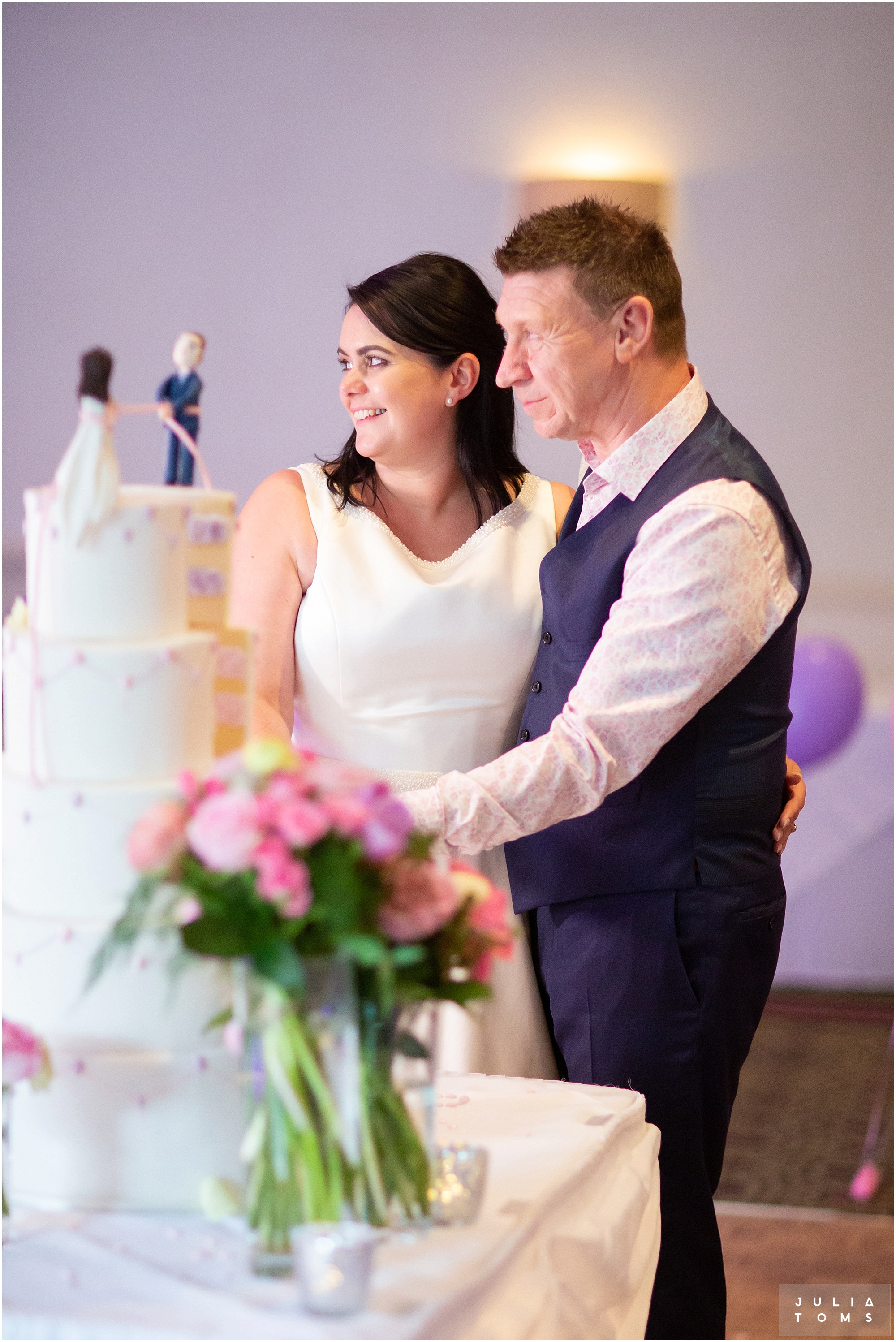 hampshire_wedding_photographer_juliatoms_068.jpg