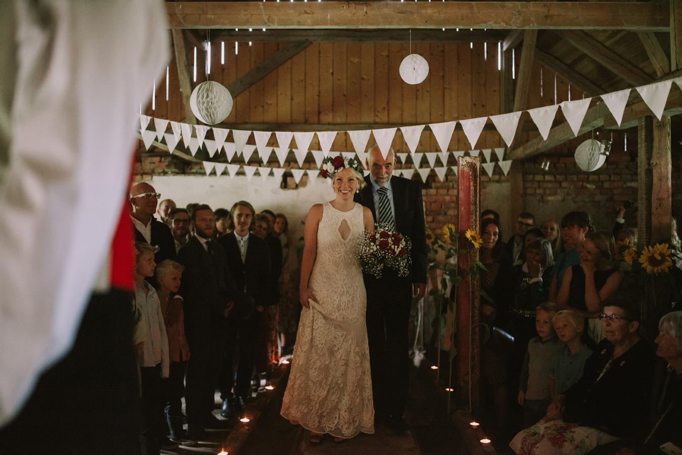 015-bryllupsfotograf-oslo-drobak-laavebryllup-tone-tvedt.jpg