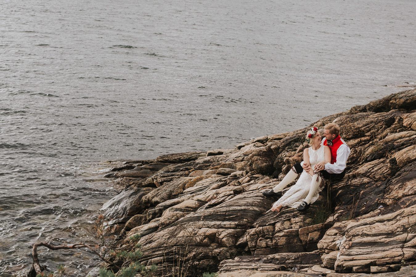 037-bryllupsfotograf-oslo-drobak-laavebryllup-tone-tvedt.jpg