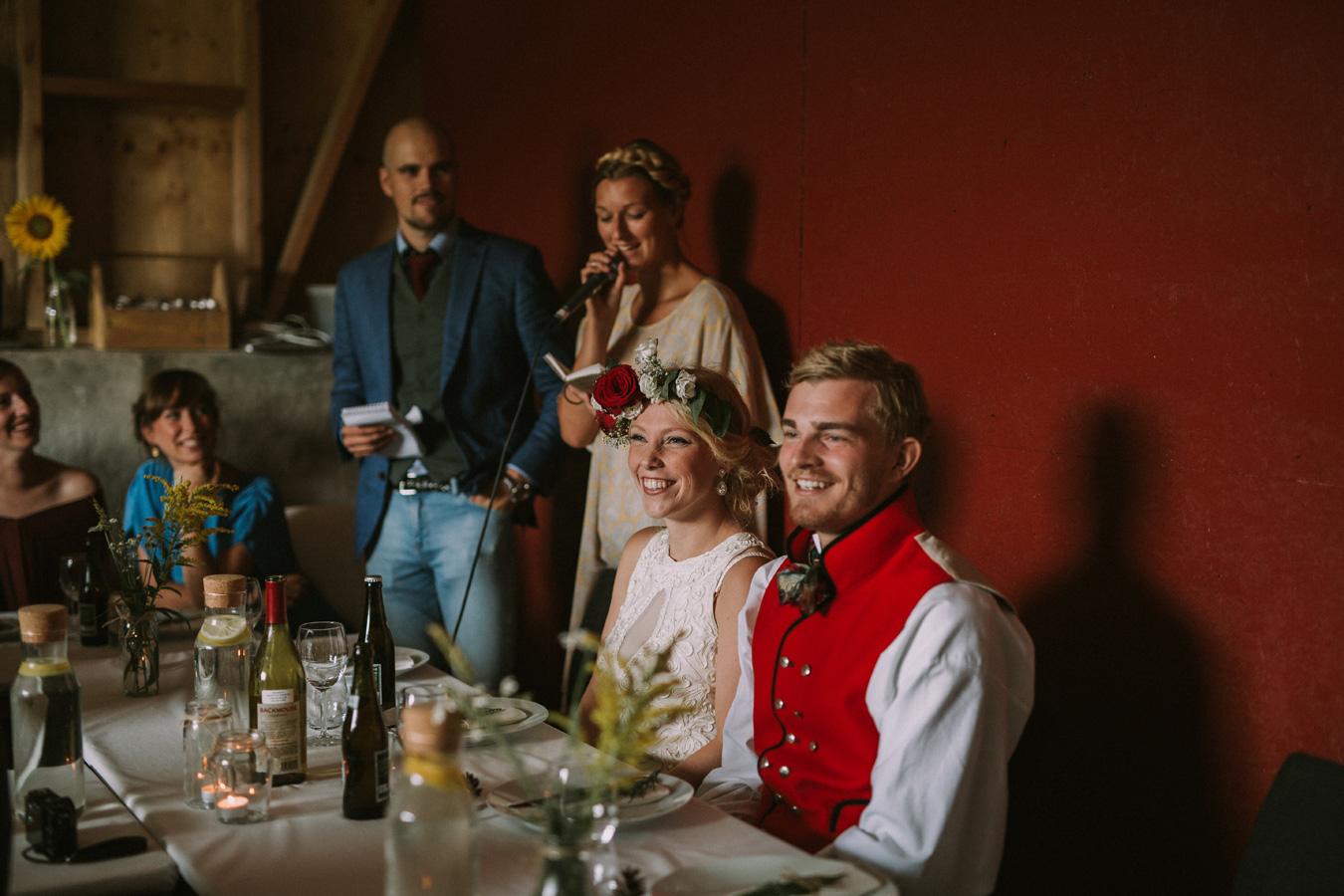 054-bryllupsfotograf-oslo-drobak-laavebryllup-tone-tvedt.jpg