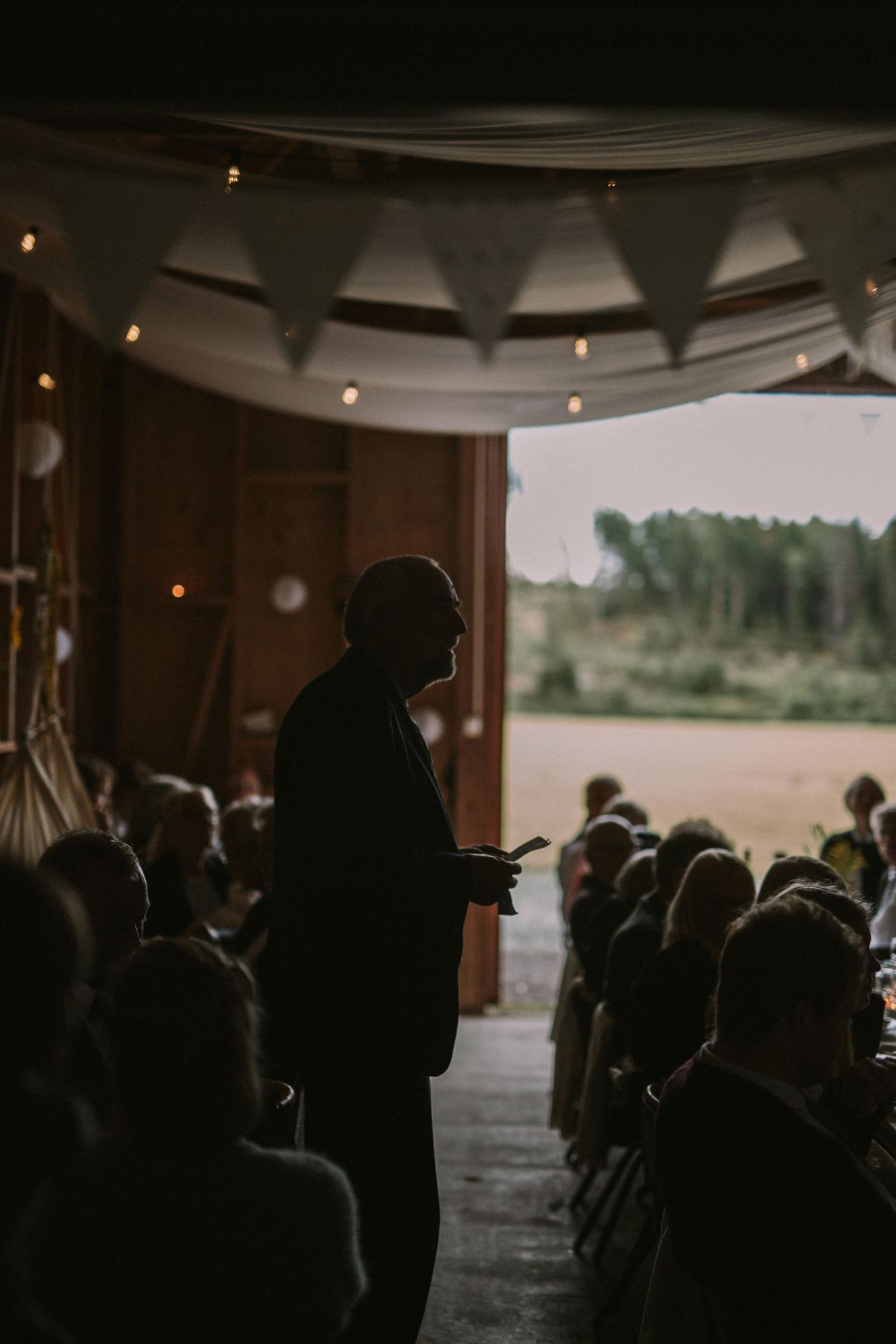 060-bryllupsfotograf-oslo-drobak-laavebryllup-tone-tvedt.jpg