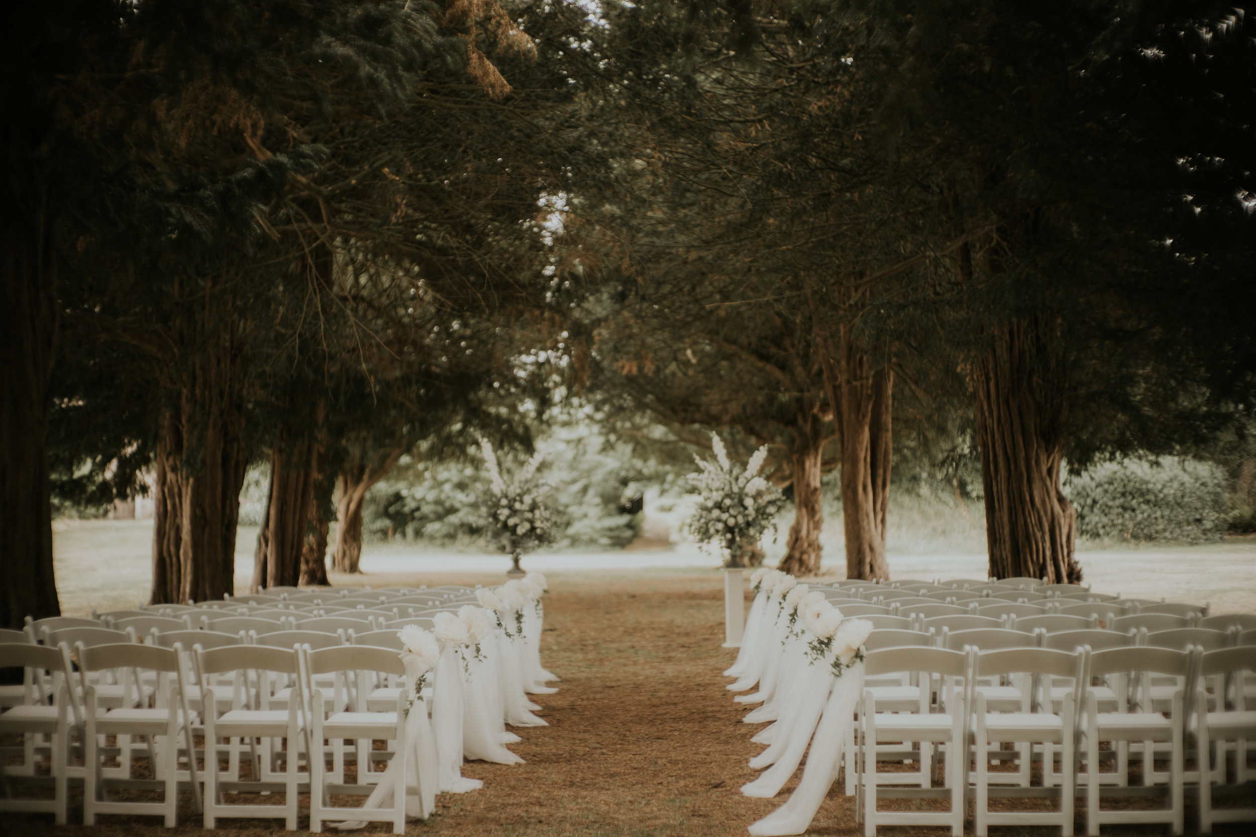 outdoor-wedding-ceremony-the-planning-lounge