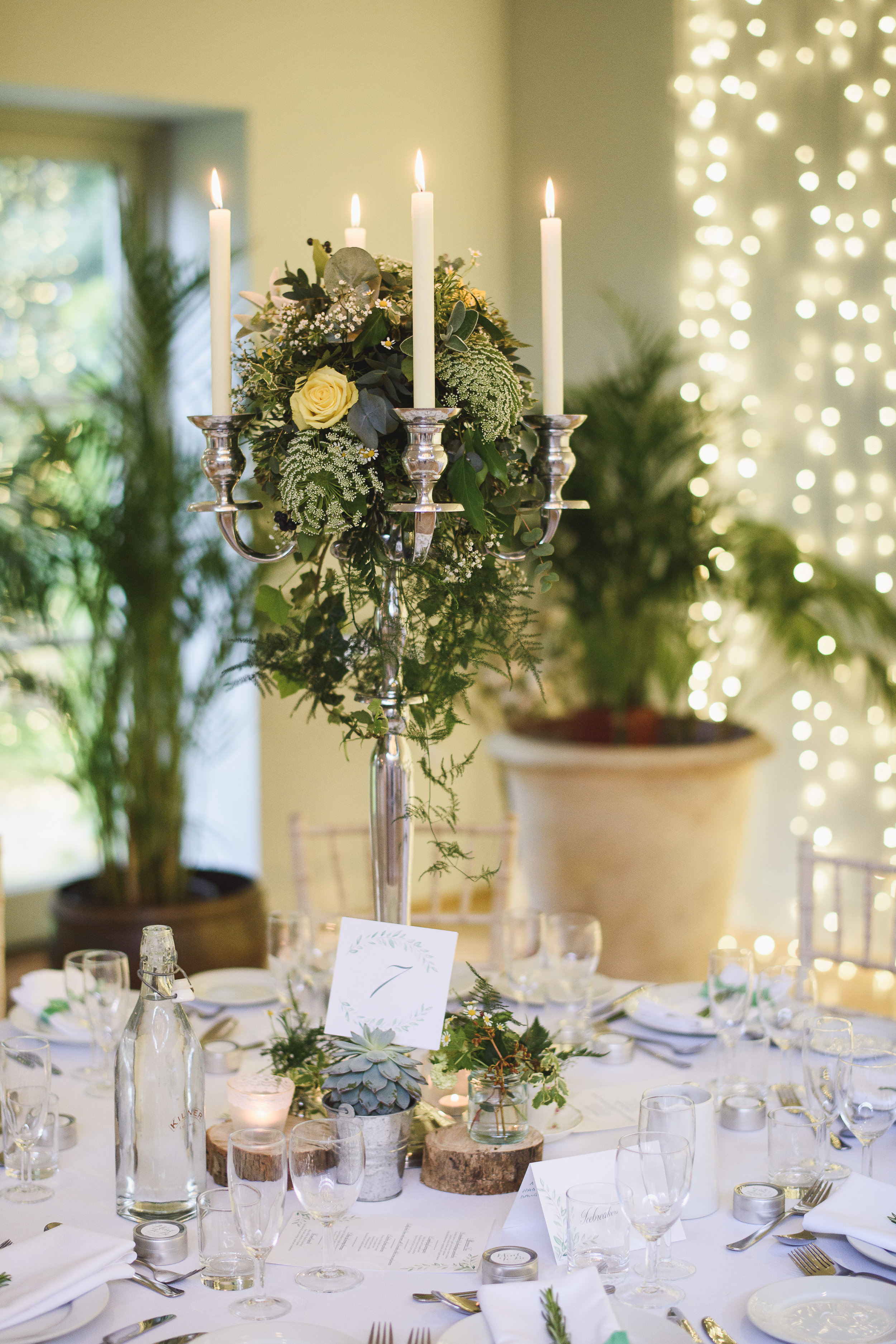 candelabra-wedding-tables-the-planning-lounge