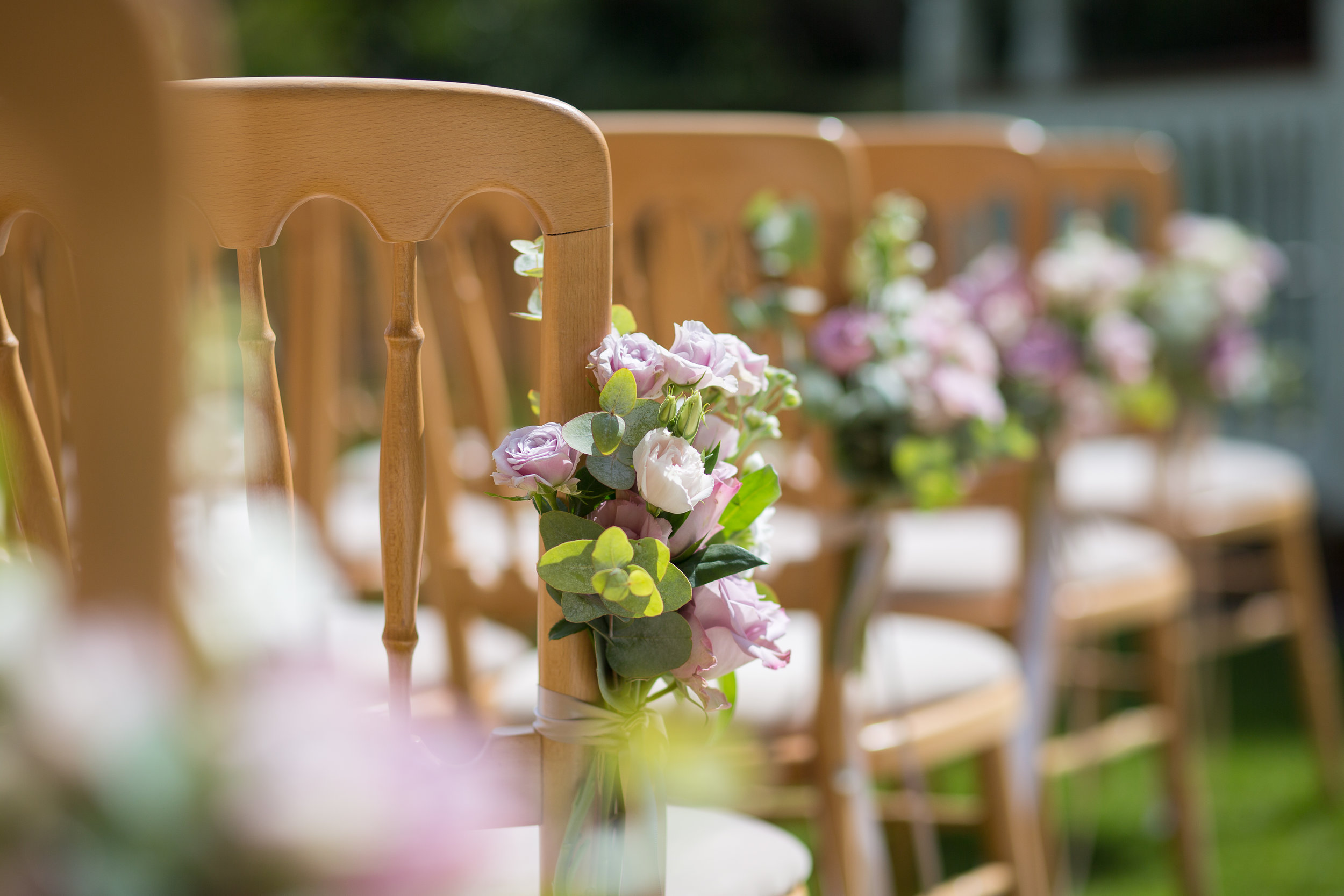outdoor-ceremony-chair-styling-the-planning-lounge