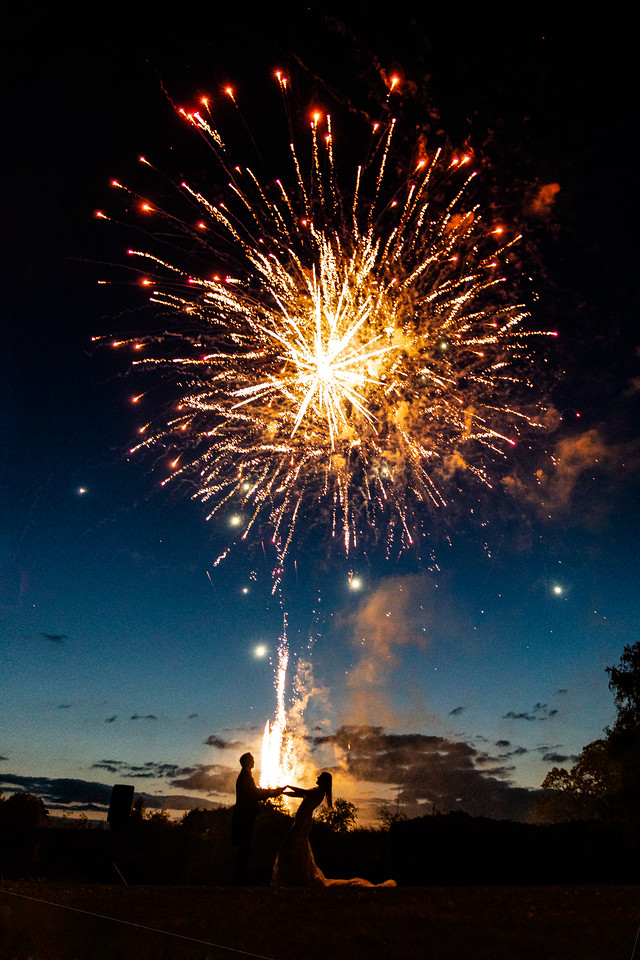 thornbury-castle-wedding-the-planning-lounge-fireworks