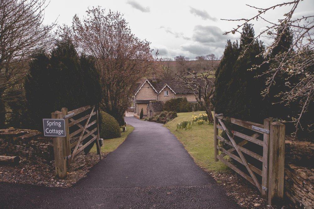 Kingscote-Barn-Wedding-Photography-05.jpg
