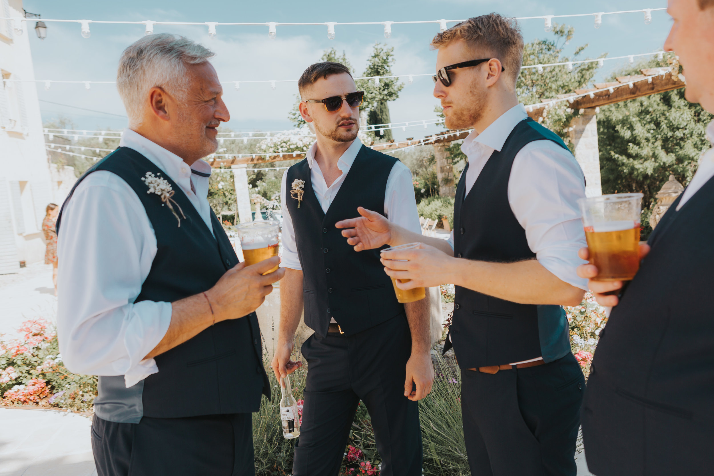Groom Detail and Inspiration for the Alternative Wedding - Claire Basiuk Photography - 04.jpg
