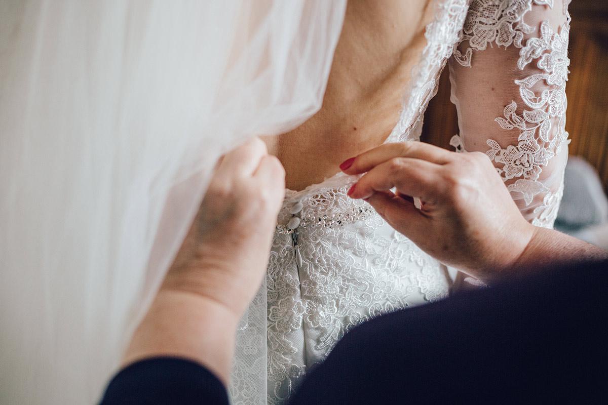 Wyresdale_midweek_Wedding_Photography_-_-13.jpg