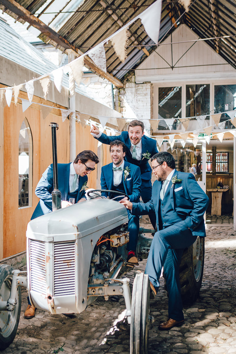 Wyresdale_midweek_Wedding_Photography_-_-41.jpg