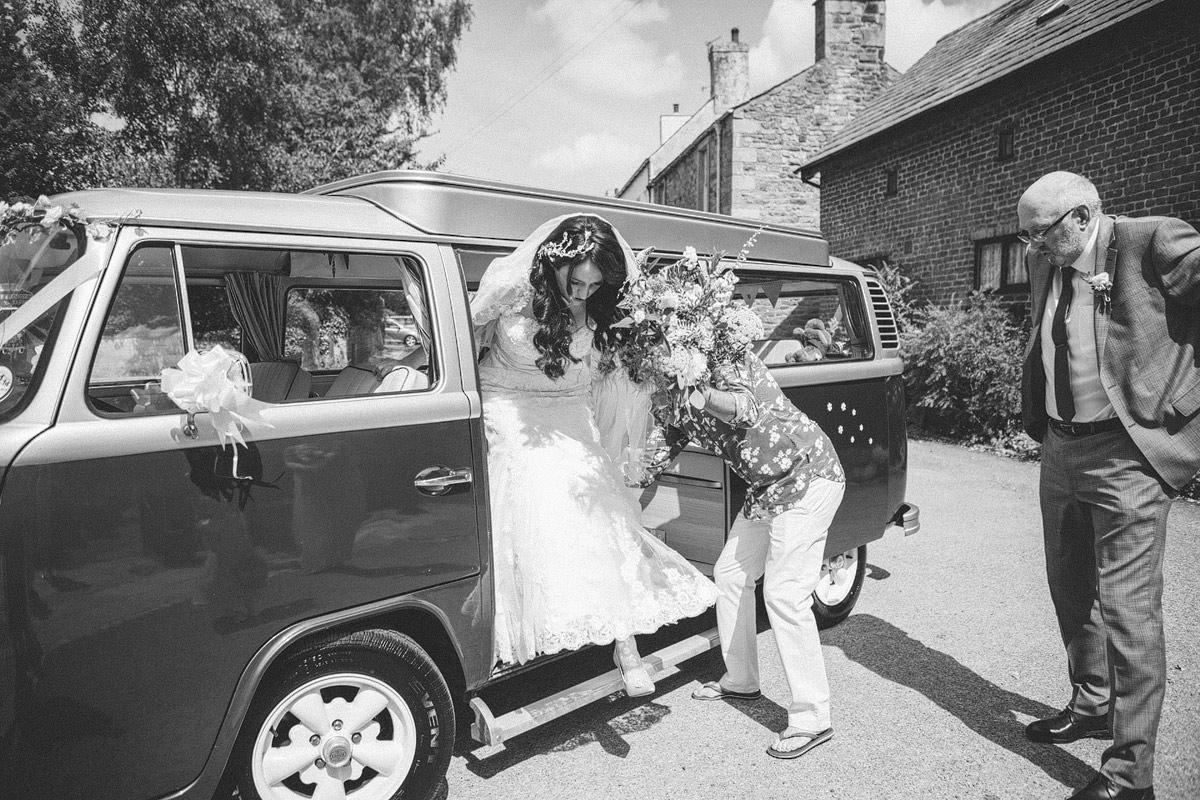 Claire_Basiuk_Shireburn_Arms_Wedding_Photography_-14.jpg