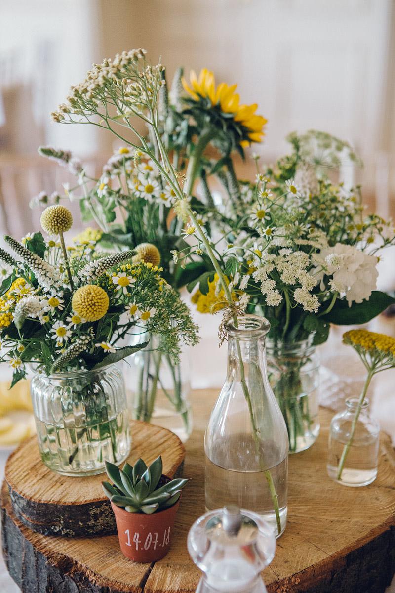 Claire_Basiuk_Shireburn_Arms_Wedding_Photography_-31.jpg