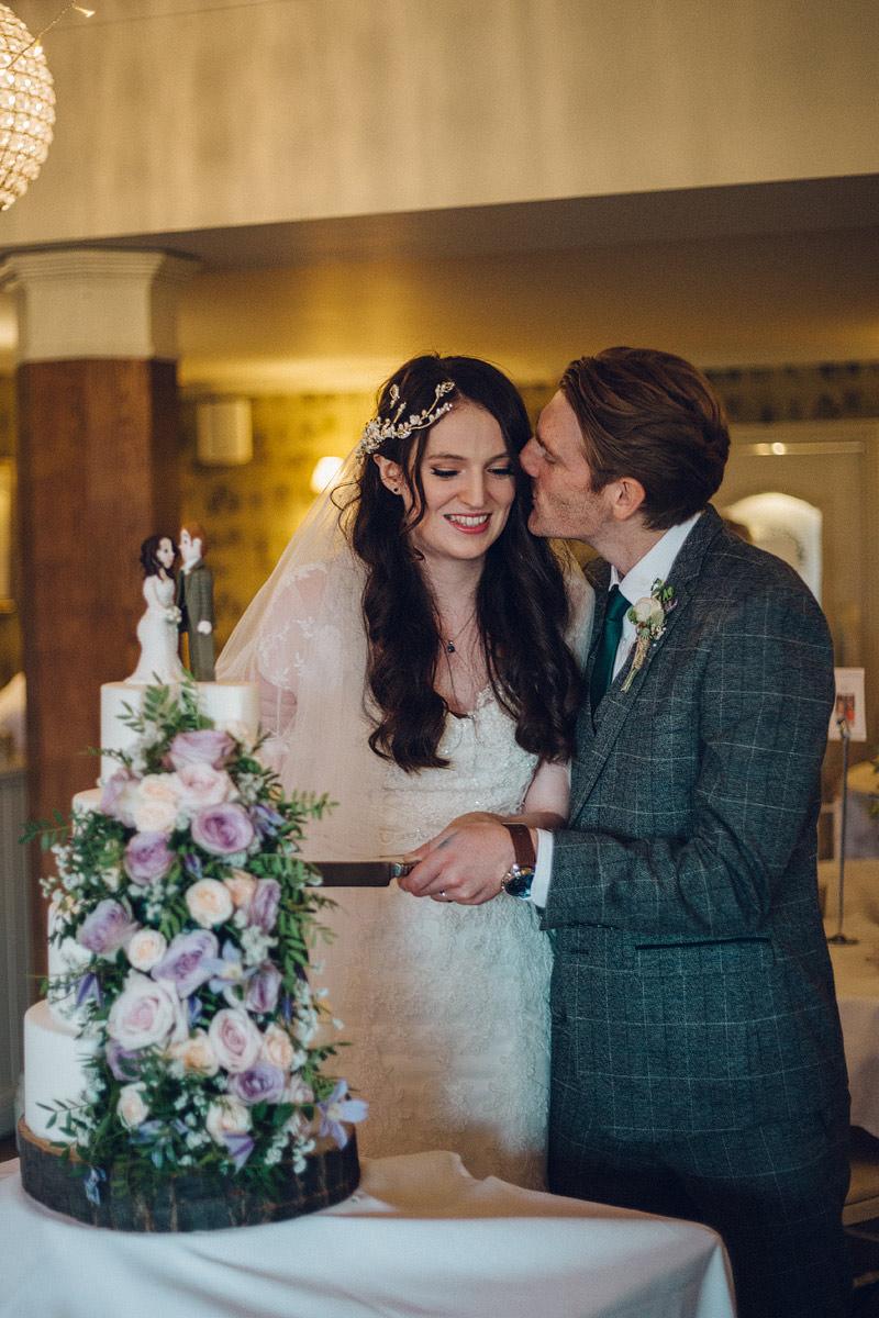 Claire_Basiuk_Shireburn_Arms_Wedding_Photography_-73.jpg