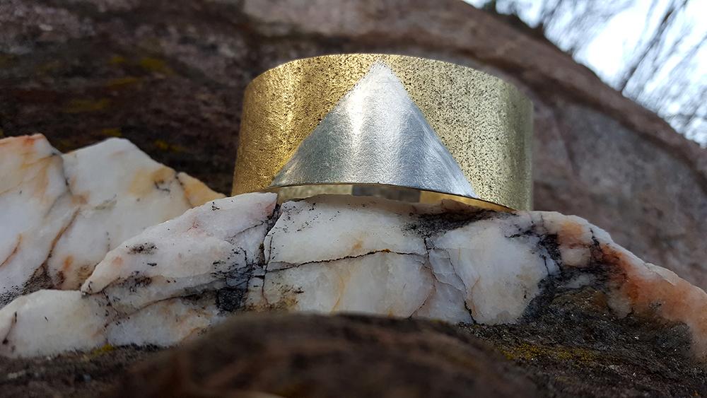 Machette or et argent, bicolore, Levant, ballade au Cap Bénat.