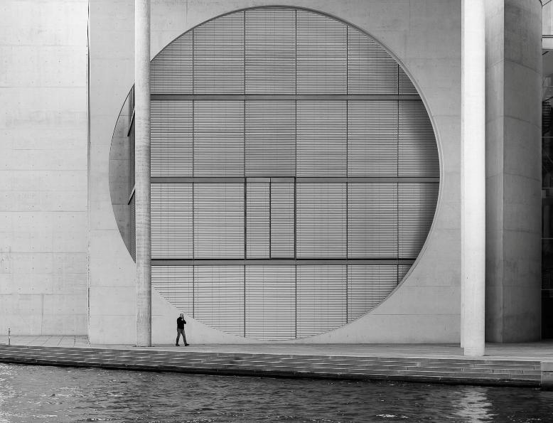 Matteo Garzonio, Milan