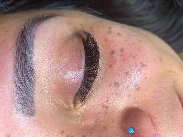 She fluffy. #cosmetology #cosmetologist #esthetics #esthetician #lashextensions #lashes #lashcollection