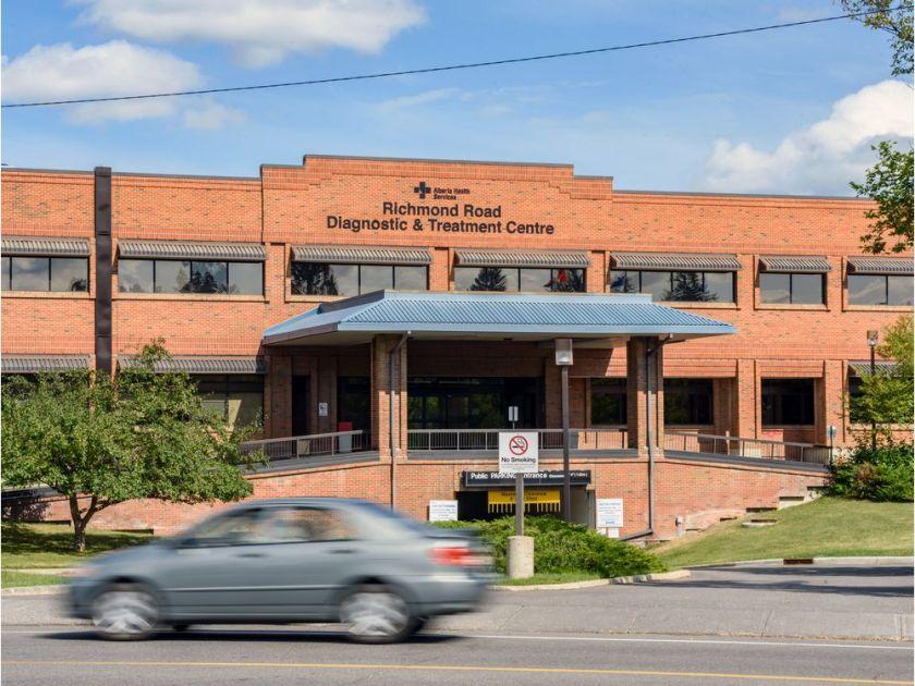 0822-richmond-road-diagnostics-and-treatment-centre-1.jpg