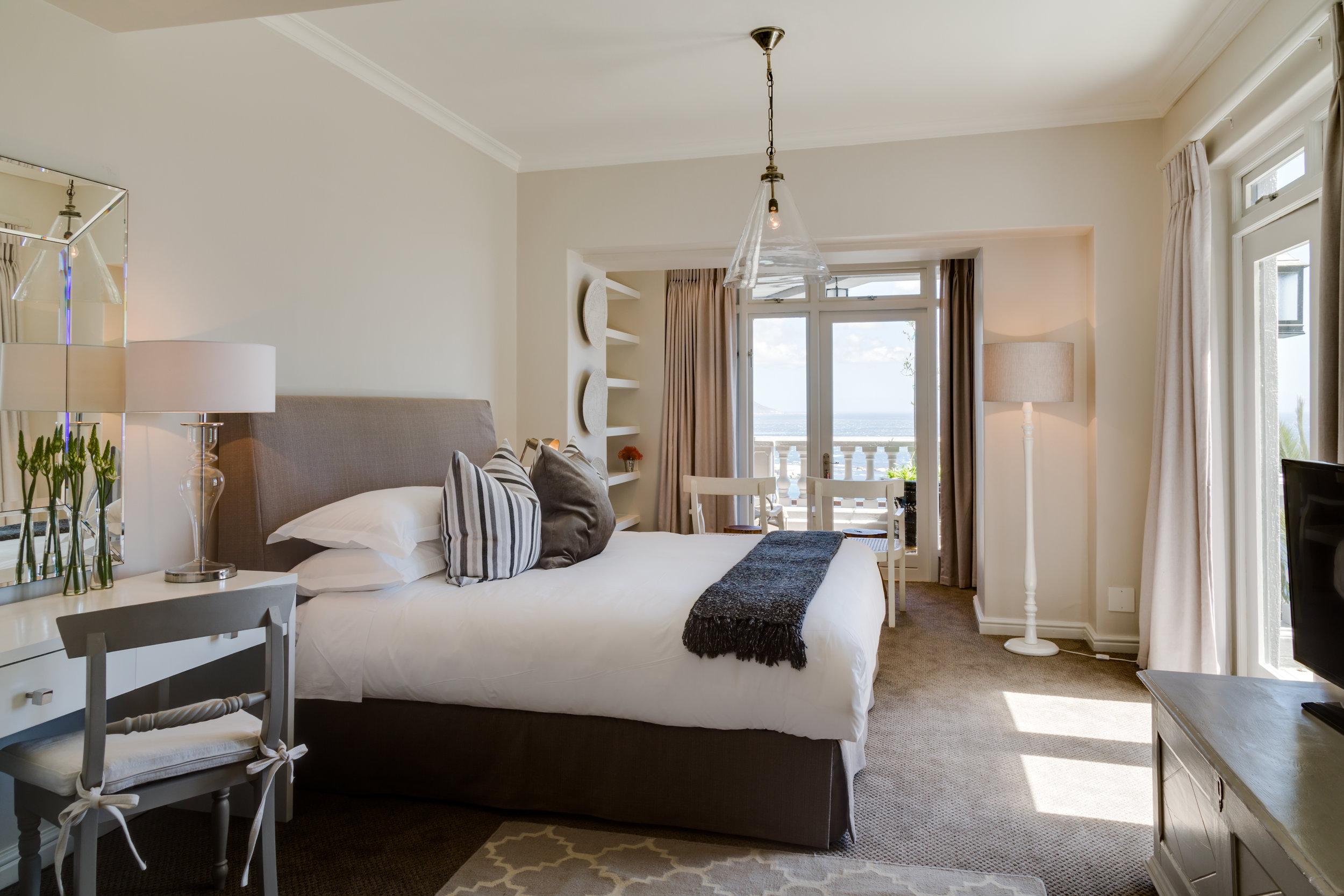 3B Bedroom.jpg