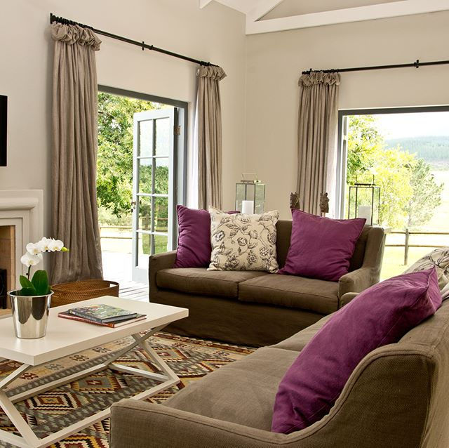 Keen to escape to Plettenberg Bay for Easter? Our Country House is the ideal getaway, accommodating up to 10 people at a time and we still have some availability over the school holidays. Get in touch via the link in our to snap it up.